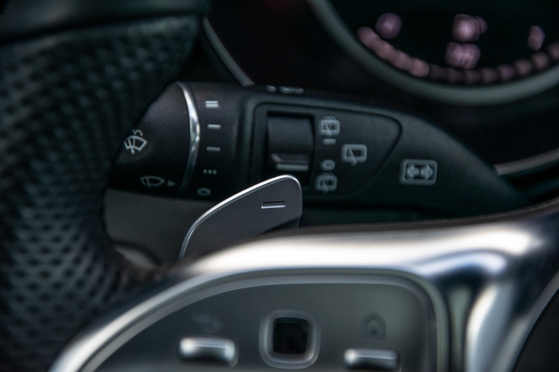Mercedes-Benz GLC 300 4-M AMG Panorama/Keyless/Assistentiepakket/MBUX//Wegkl-trekhaak Aut9 Foto 12