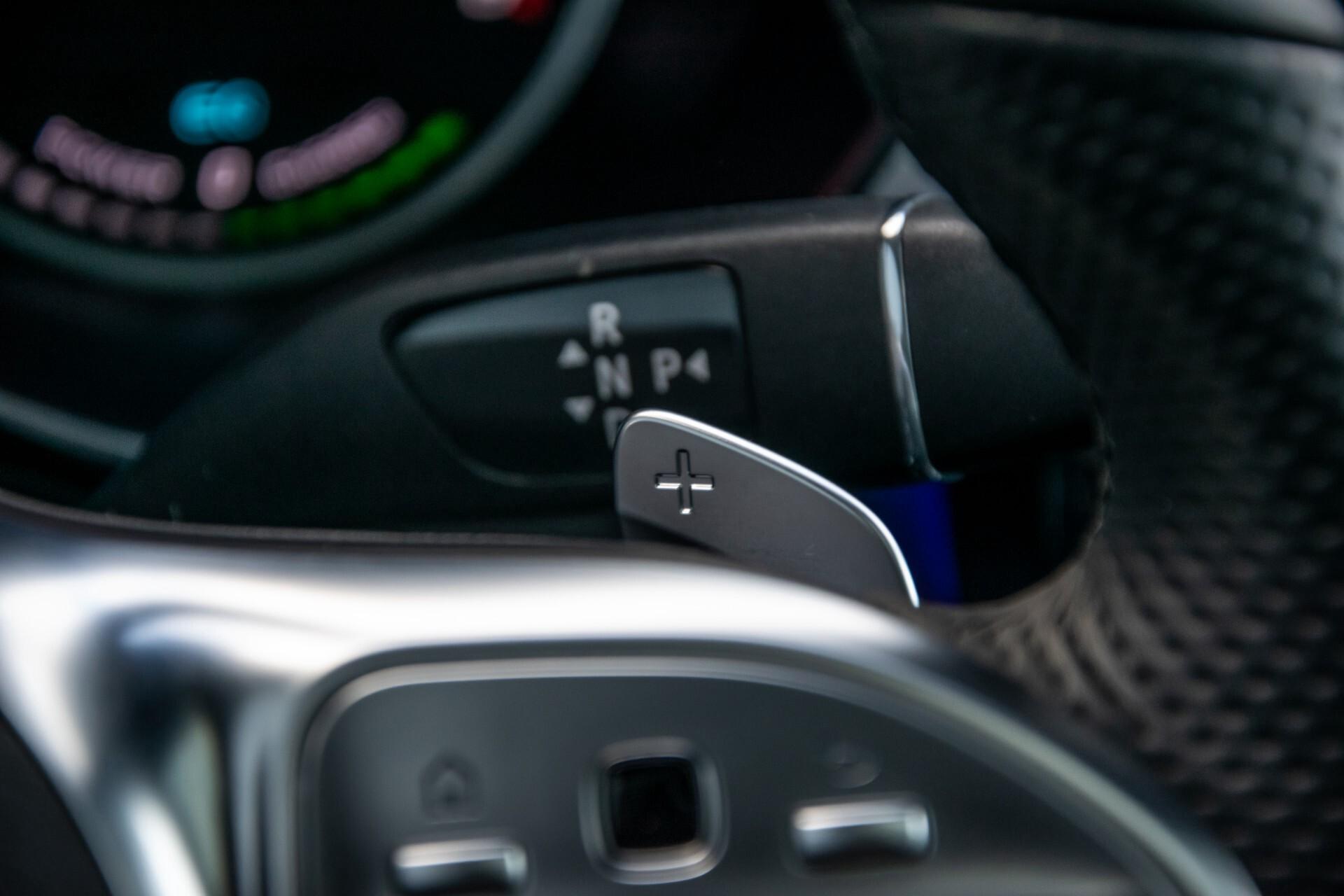 Mercedes-Benz GLC 300 4-M AMG Panorama/Keyless/Assistentiepakket/MBUX//Wegkl-trekhaak Aut9 Foto 14