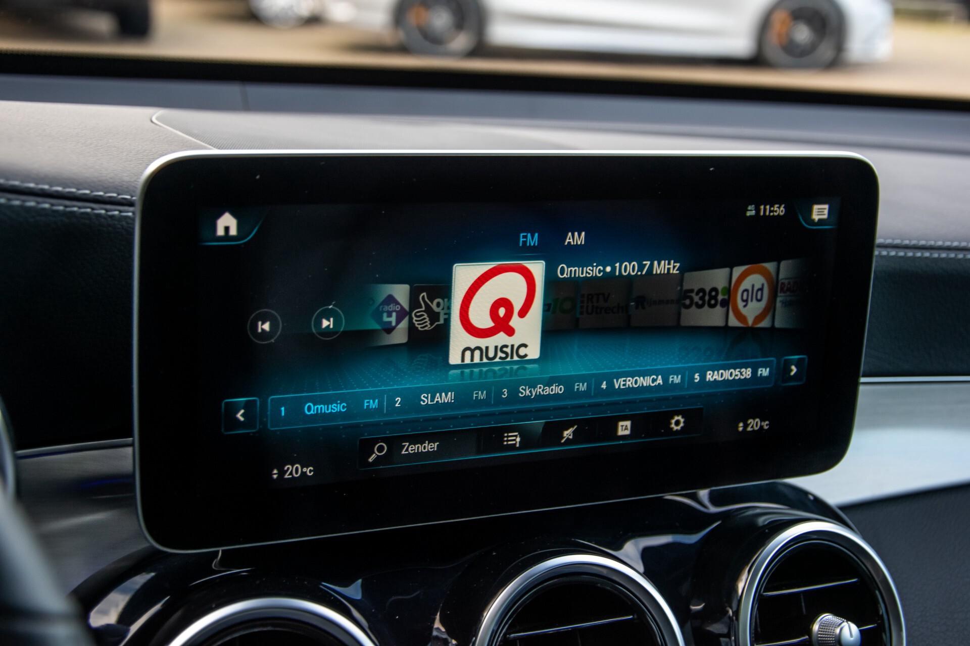 Mercedes-Benz GLC 300 4-M AMG Panorama/Keyless/Assistentiepakket/MBUX//Wegkl-trekhaak Aut9 Foto 17