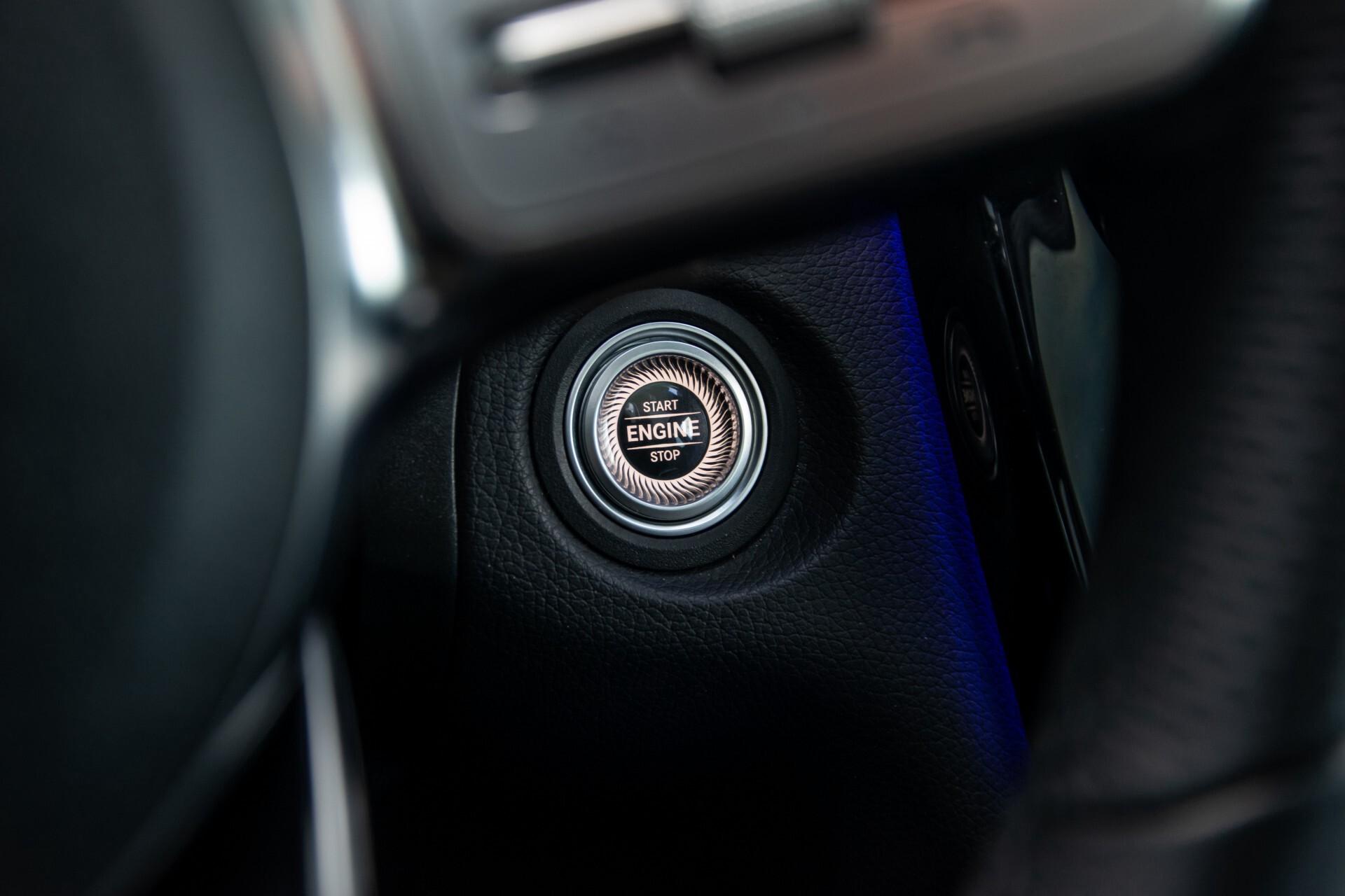 Mercedes-Benz GLC 300 4-M AMG Panorama/Keyless/Assistentiepakket/MBUX//Wegkl-trekhaak Aut9 Foto 22