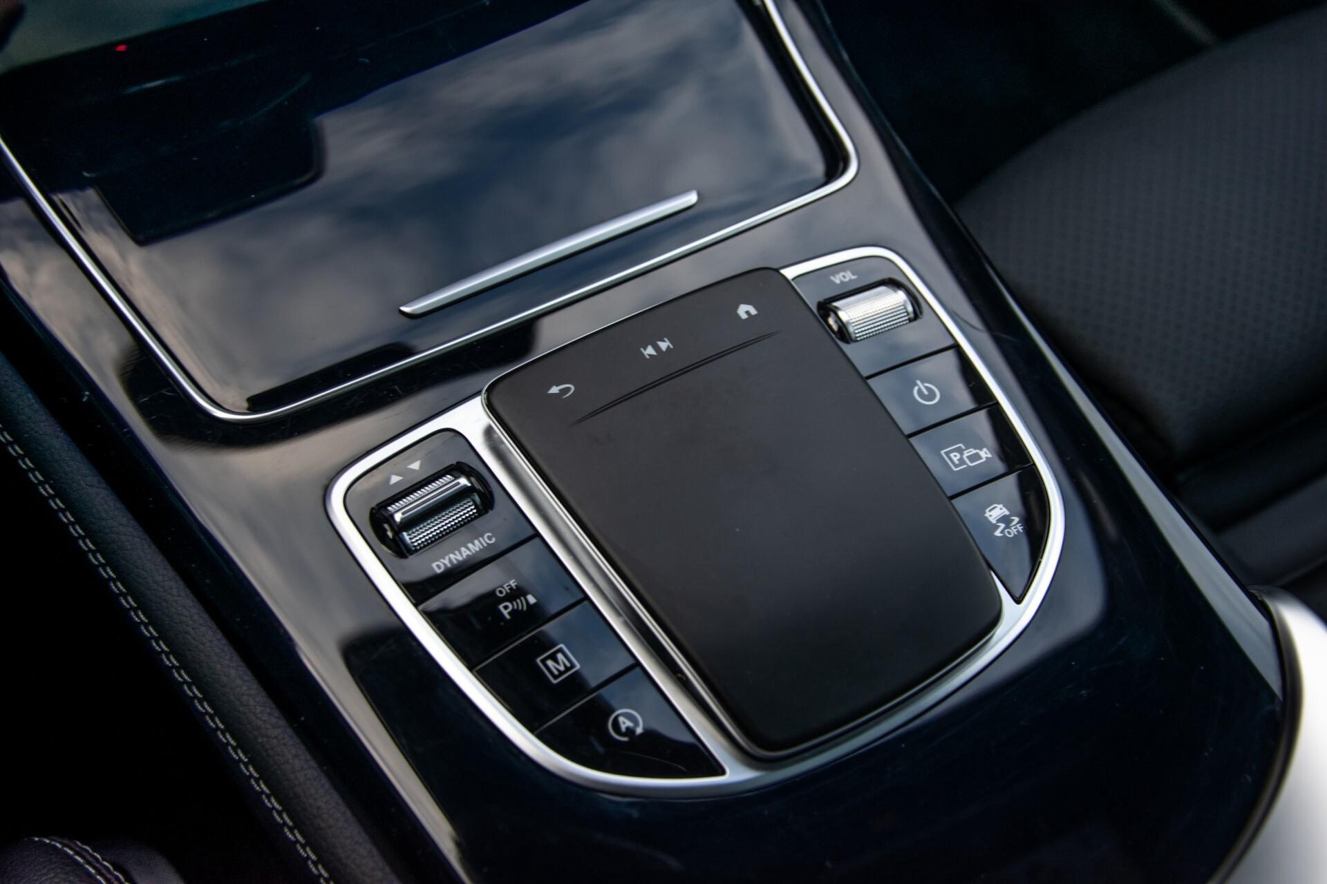 Mercedes-Benz GLC 300 4-M AMG Panorama/Keyless/Assistentiepakket/MBUX//Wegkl-trekhaak Aut9 Foto 28