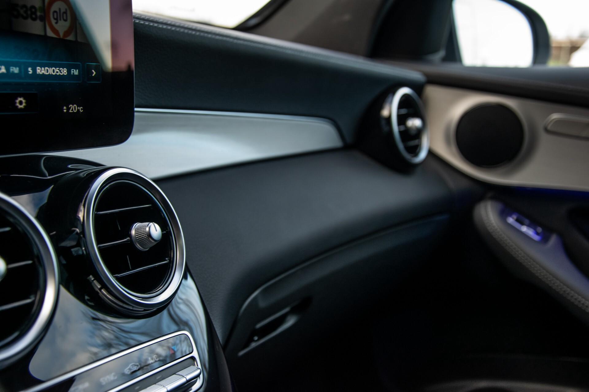 Mercedes-Benz GLC 300 4-M AMG Panorama/Keyless/Assistentiepakket/MBUX//Wegkl-trekhaak Aut9 Foto 30