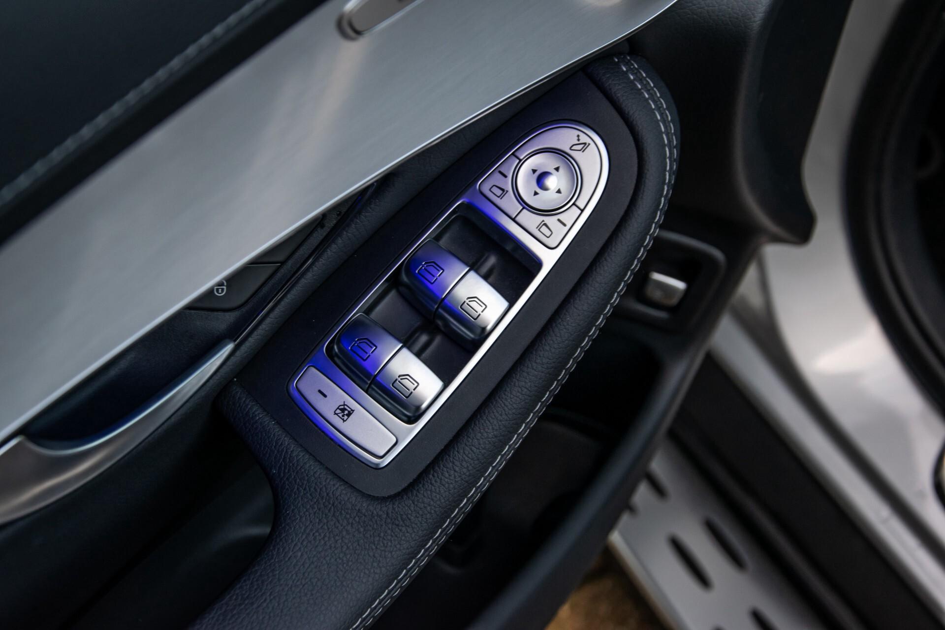 Mercedes-Benz GLC 300 4-M AMG Panorama/Keyless/Assistentiepakket/MBUX//Wegkl-trekhaak Aut9 Foto 34