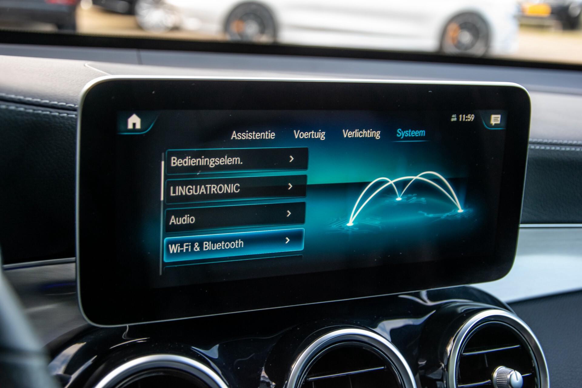 Mercedes-Benz GLC 300 4-M AMG Panorama/Keyless/Assistentiepakket/MBUX//Wegkl-trekhaak Aut9 Foto 35