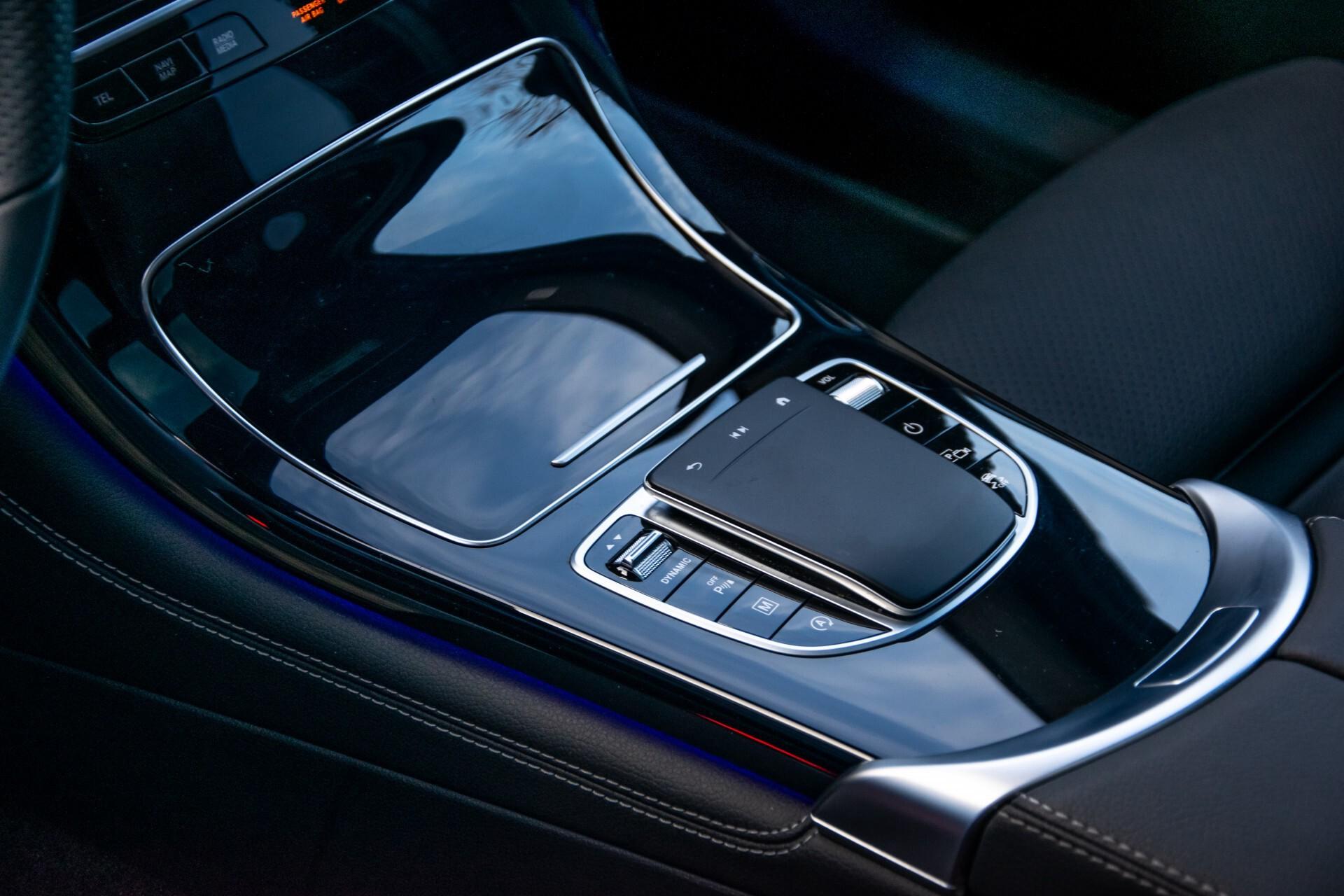 Mercedes-Benz GLC 300 4-M AMG Panorama/Keyless/Assistentiepakket/MBUX//Wegkl-trekhaak Aut9 Foto 38