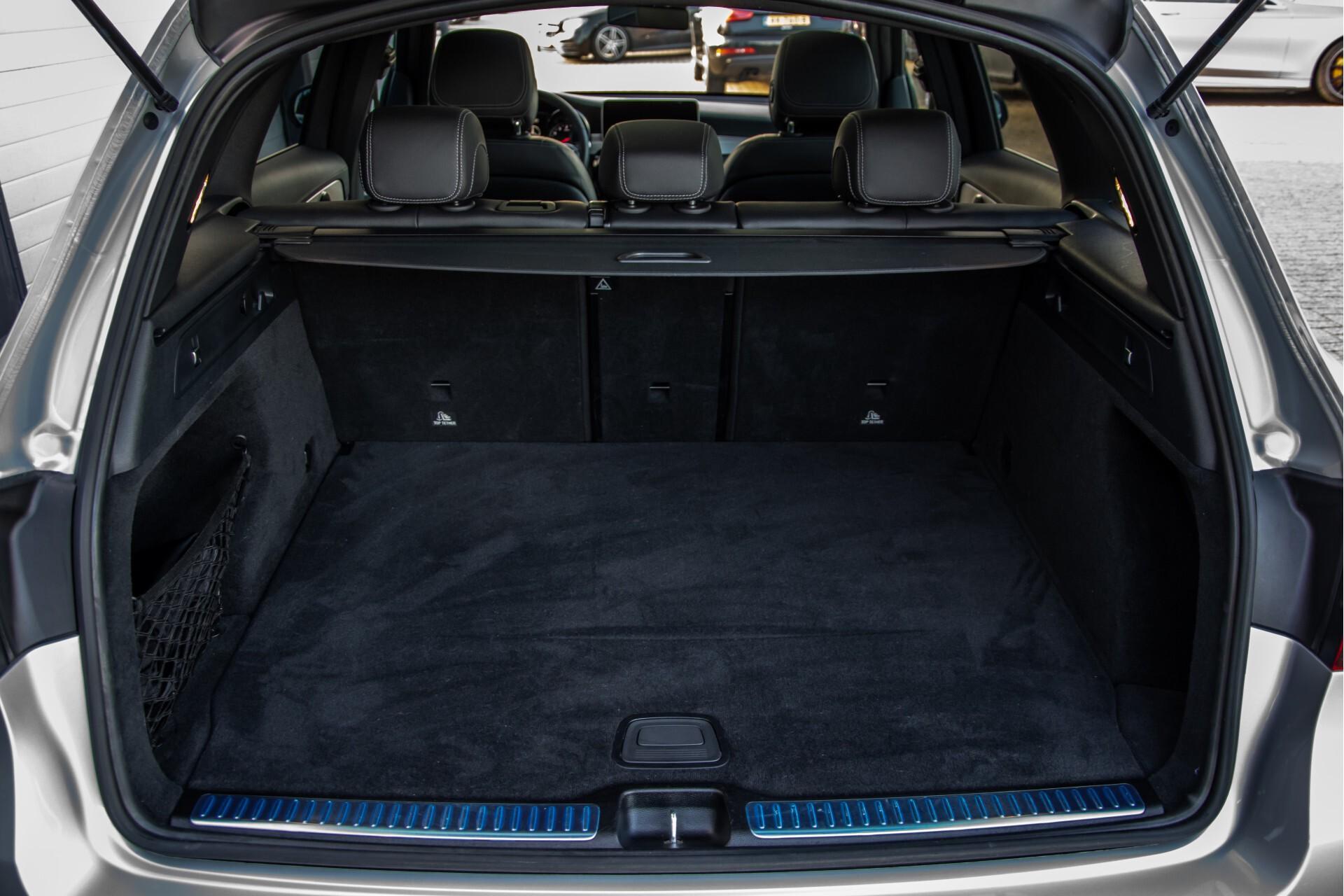 Mercedes-Benz GLC 300 4-M AMG Panorama/Keyless/Assistentiepakket/MBUX//Wegkl-trekhaak Aut9 Foto 50