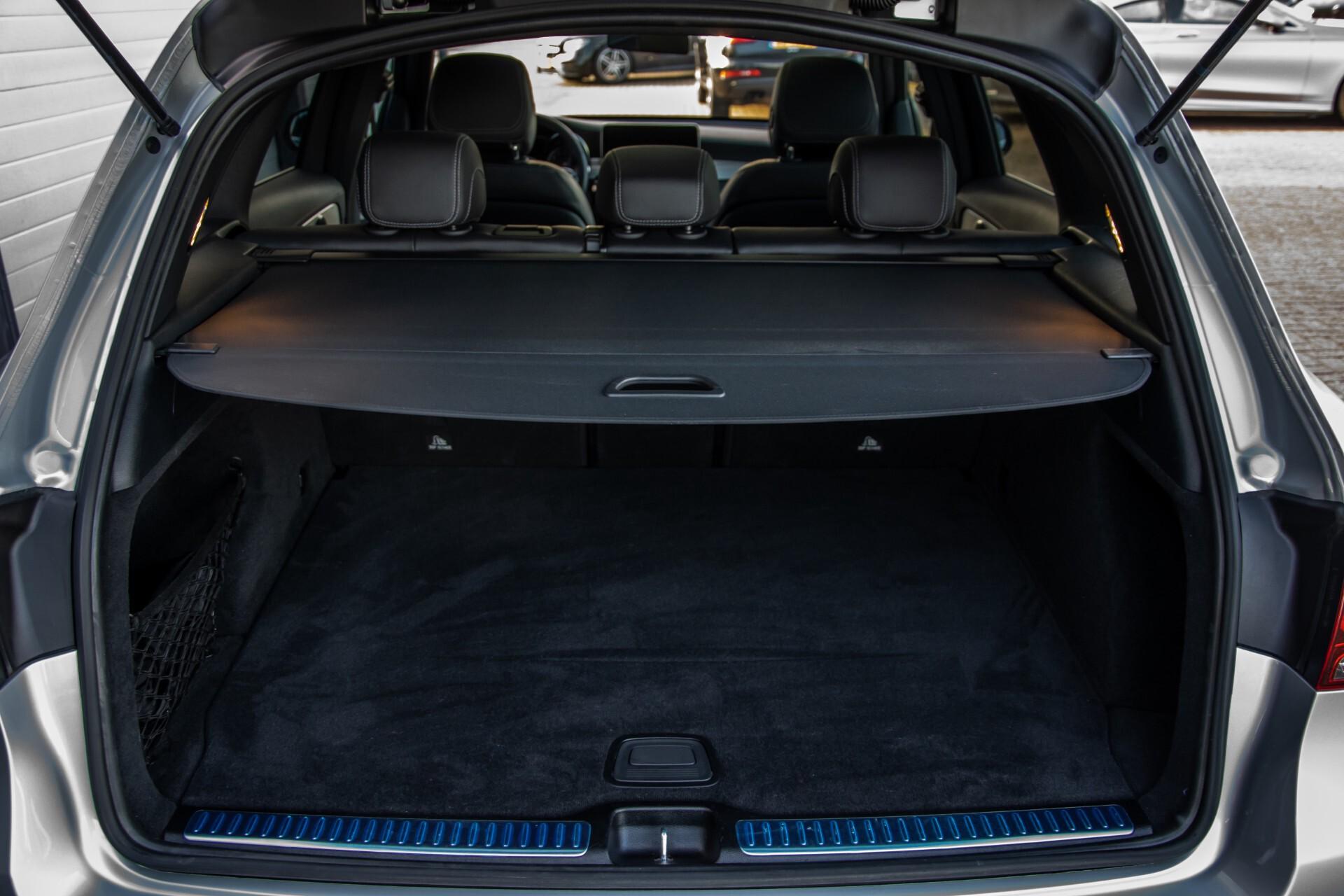 Mercedes-Benz GLC 300 4-M AMG Panorama/Keyless/Assistentiepakket/MBUX//Wegkl-trekhaak Aut9 Foto 51