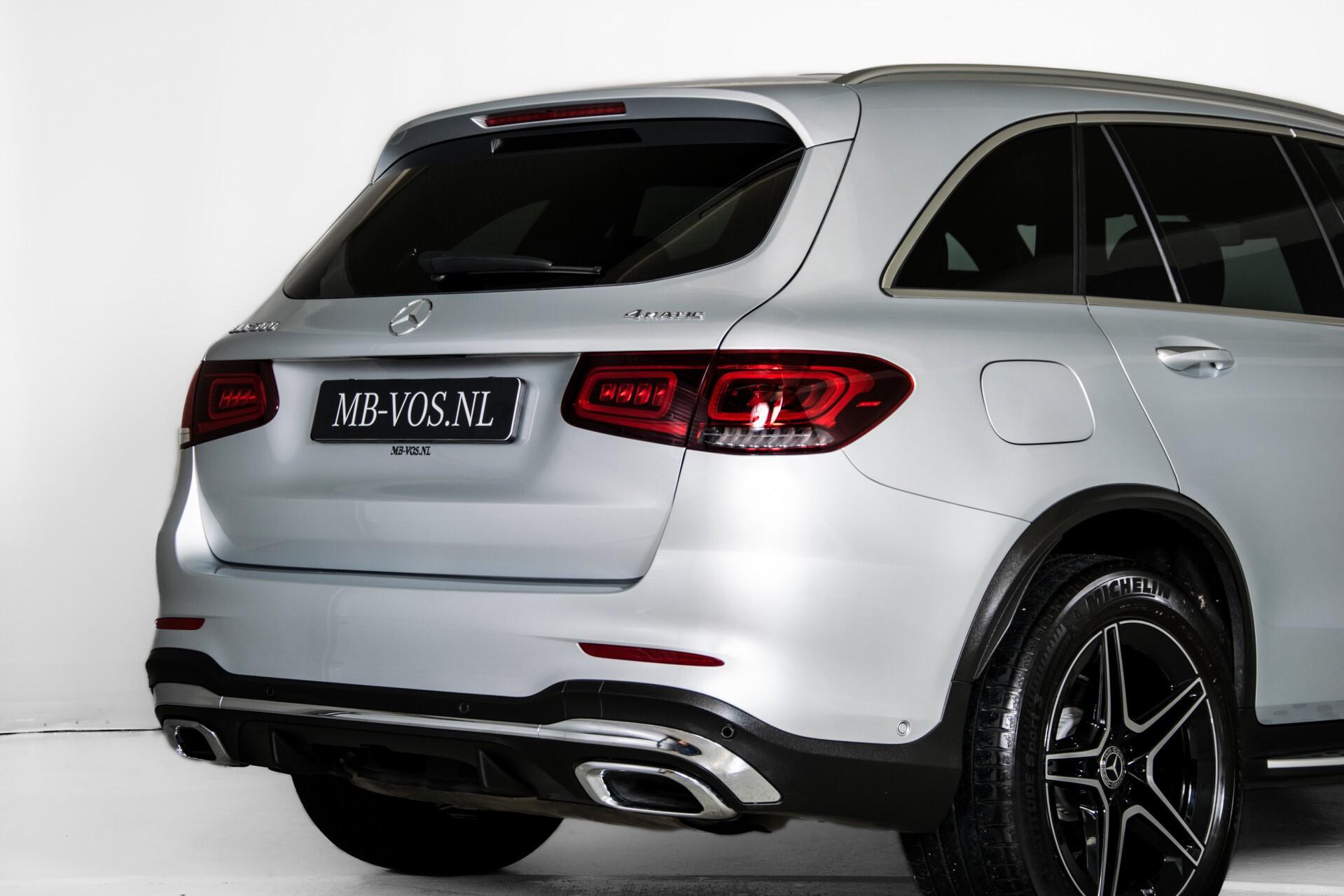 Mercedes-Benz GLC 300 4-M AMG Panorama/Keyless/Assistentiepakket/MBUX//Wegkl-trekhaak Aut9 Foto 53