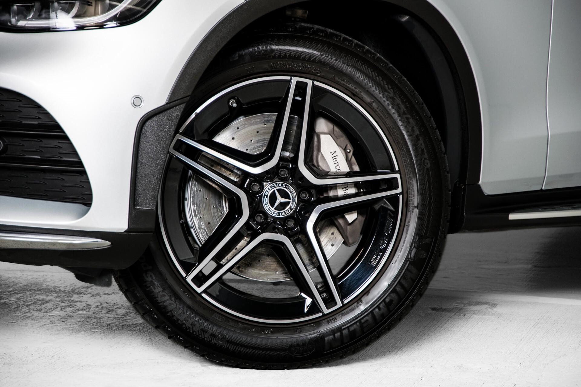 Mercedes-Benz GLC 300 4-M AMG Panorama/Keyless/Assistentiepakket/MBUX/Wegkl-trekhaak Aut9 Foto 54