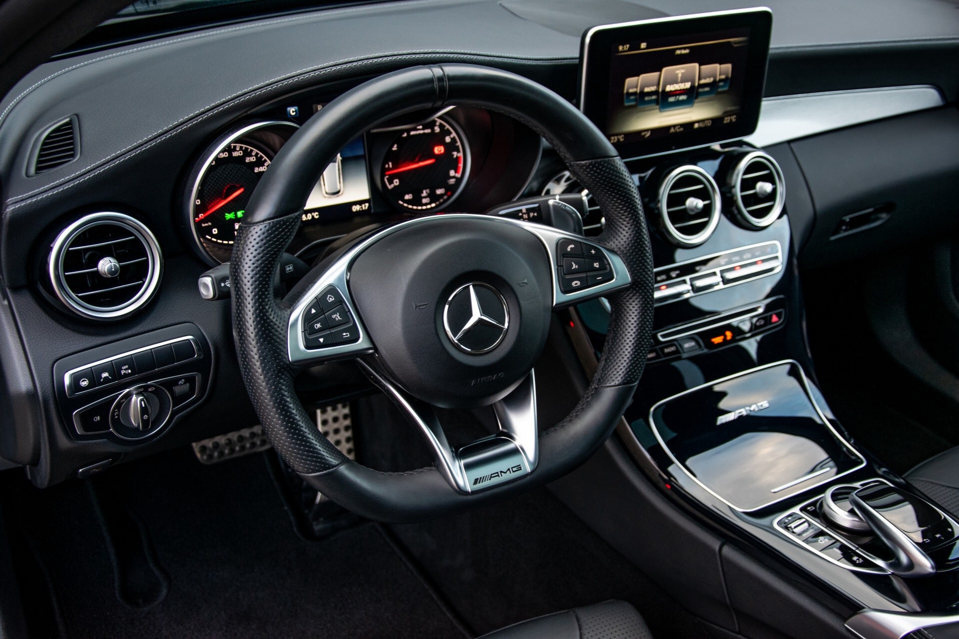 Mercedes-Benz C-Klasse Estate 63 AMG Night Designo/Rij-assistentie/Keyless/Burmester/Panorama Aut7 Foto 10