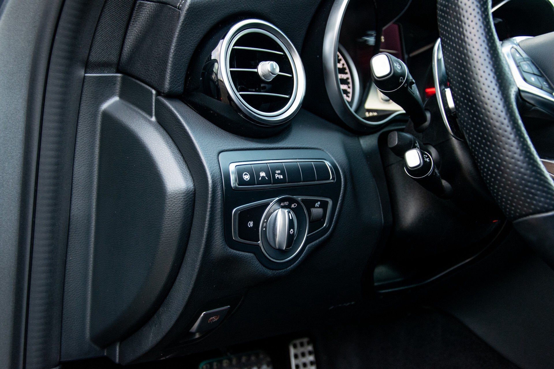 Mercedes-Benz C-Klasse Estate 63 AMG Night Designo/Rij-assistentie/Keyless/Burmester/Panorama Aut7 Foto 26
