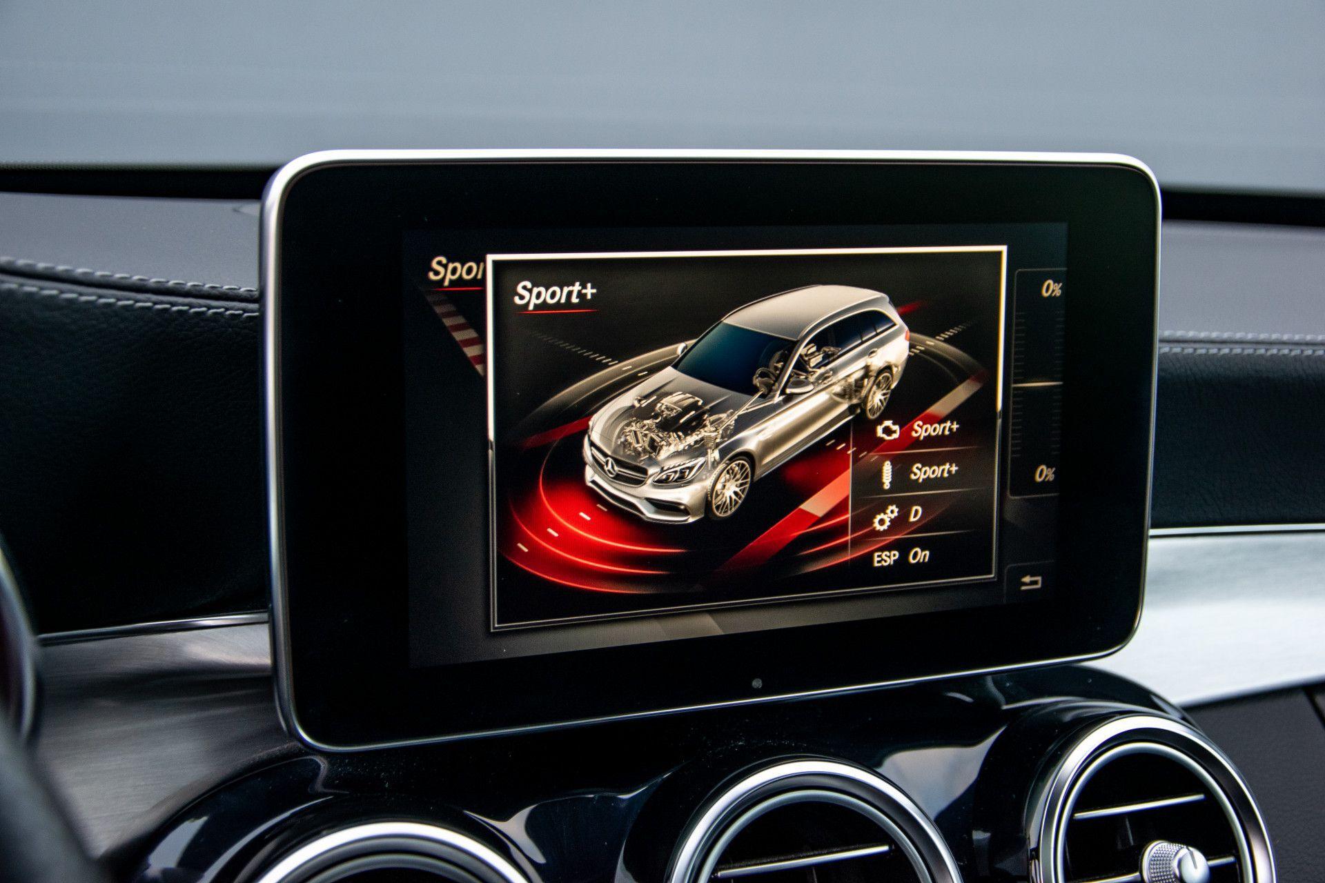 Mercedes-Benz C-Klasse Estate 63 AMG Night Designo/Rij-assistentie/Keyless/Burmester/Panorama Aut7 Foto 29