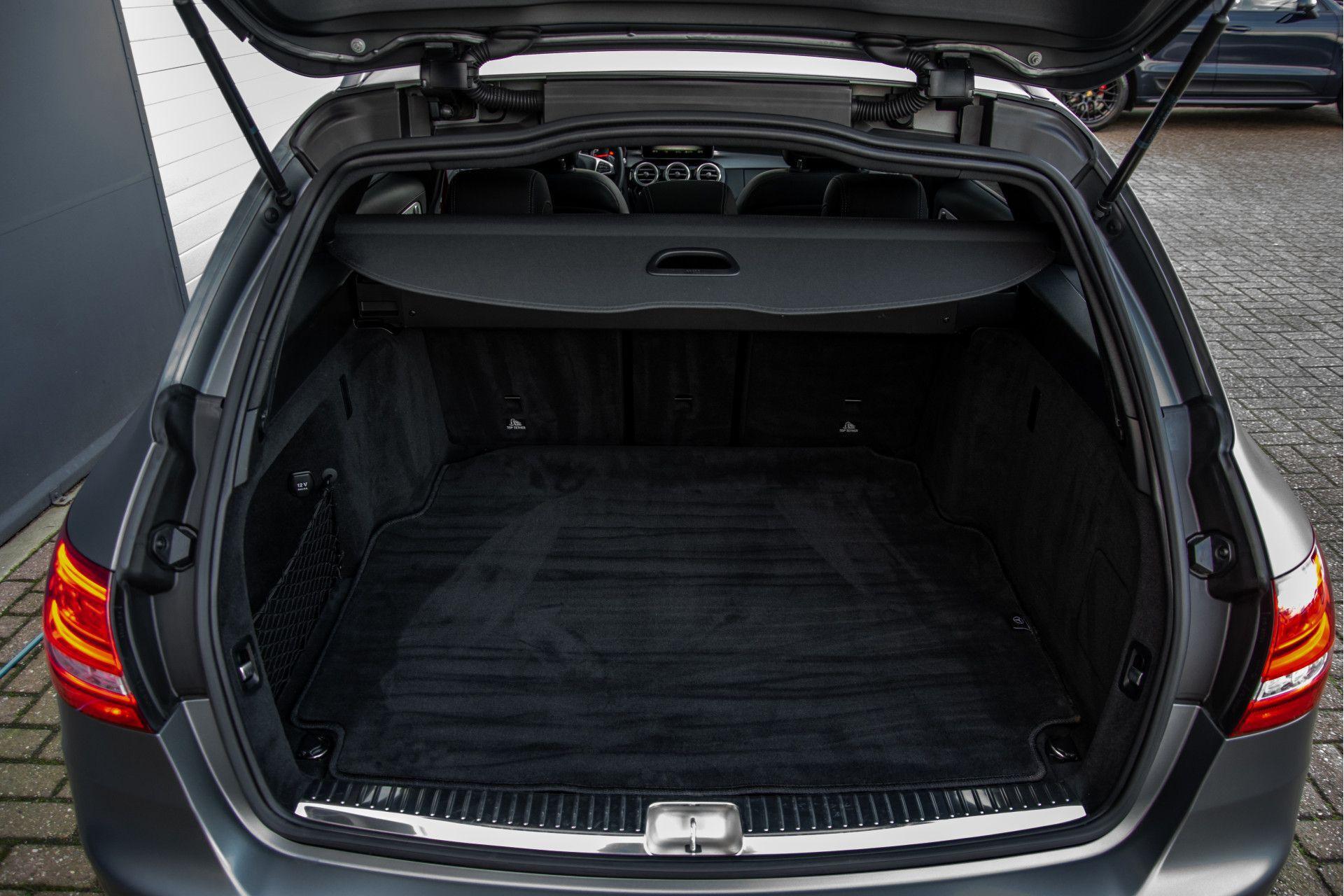 Mercedes-Benz C-Klasse Estate 63 AMG Night Designo/Rij-assistentie/Keyless/Burmester/Panorama Aut7 Foto 48