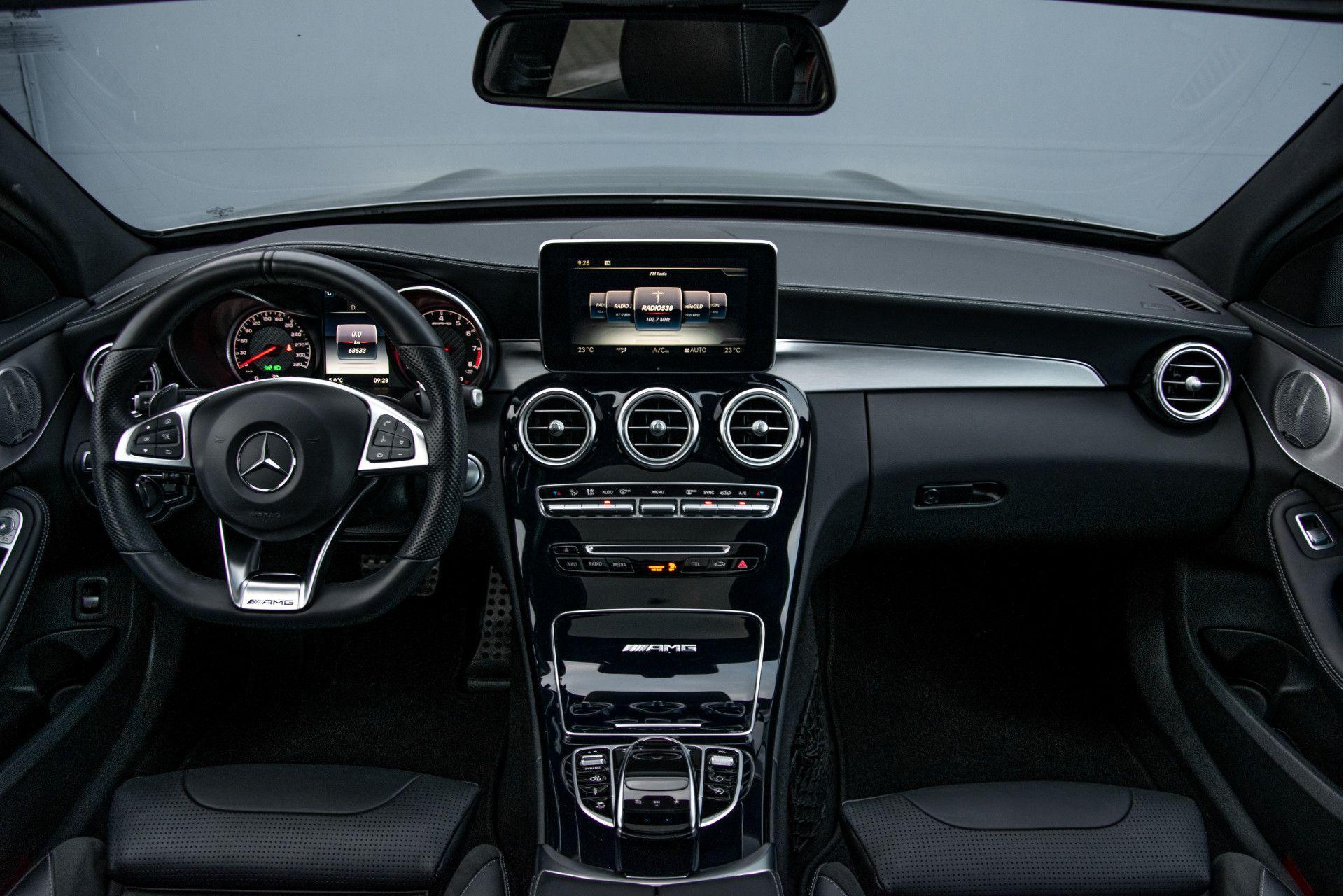 Mercedes-Benz C-Klasse Estate 63 AMG Night Designo/Rij-assistentie/Keyless/Burmester/Panorama Aut7 Foto 7