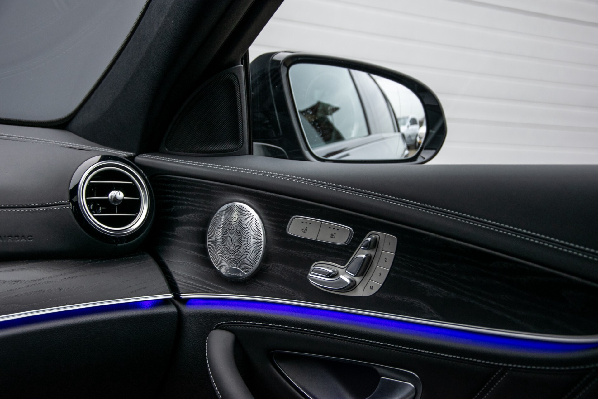 Mercedes-Benz E-Klasse 63 S AMG 4M+ NIEUW MODEL Night/Massage/Rij-assist/Keyless/Hud Aut9 Foto 14