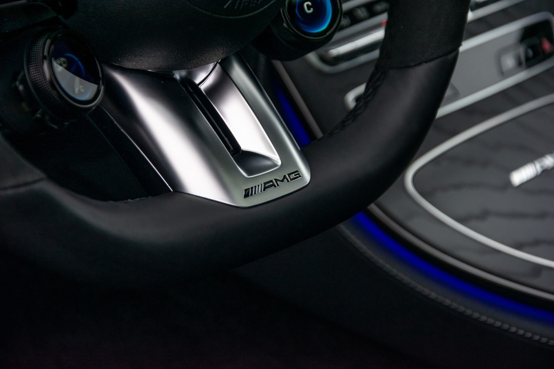 Mercedes-Benz E-Klasse 63 S AMG 4M+ NIEUW MODEL Night/Massage/Rij-assist/Keyless/Hud Aut9 Foto 22