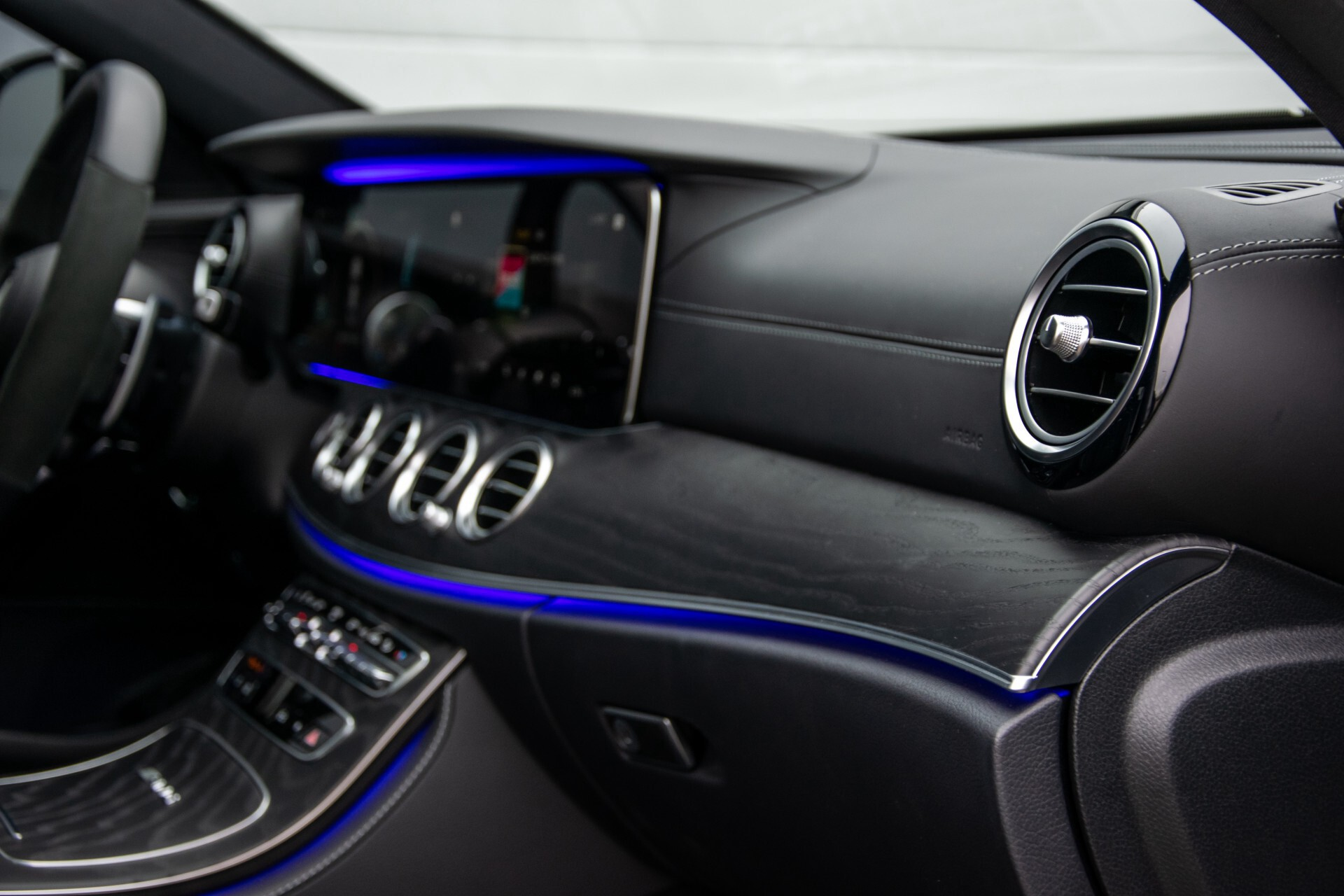 Mercedes-Benz E-Klasse 63 S AMG 4M+ NIEUW MODEL Night/Massage/Rij-assist/Keyless/Hud Aut9 Foto 38