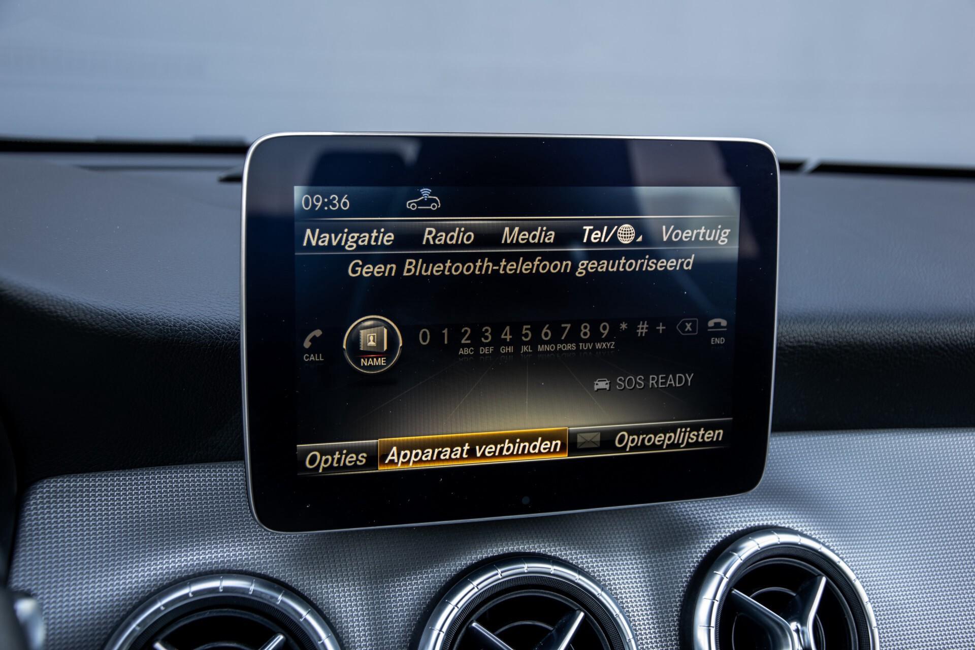 Mercedes-Benz CLA-Klasse 180 Urban Mediadisplay/Stoelverwarming/LED Aut7 Foto 23