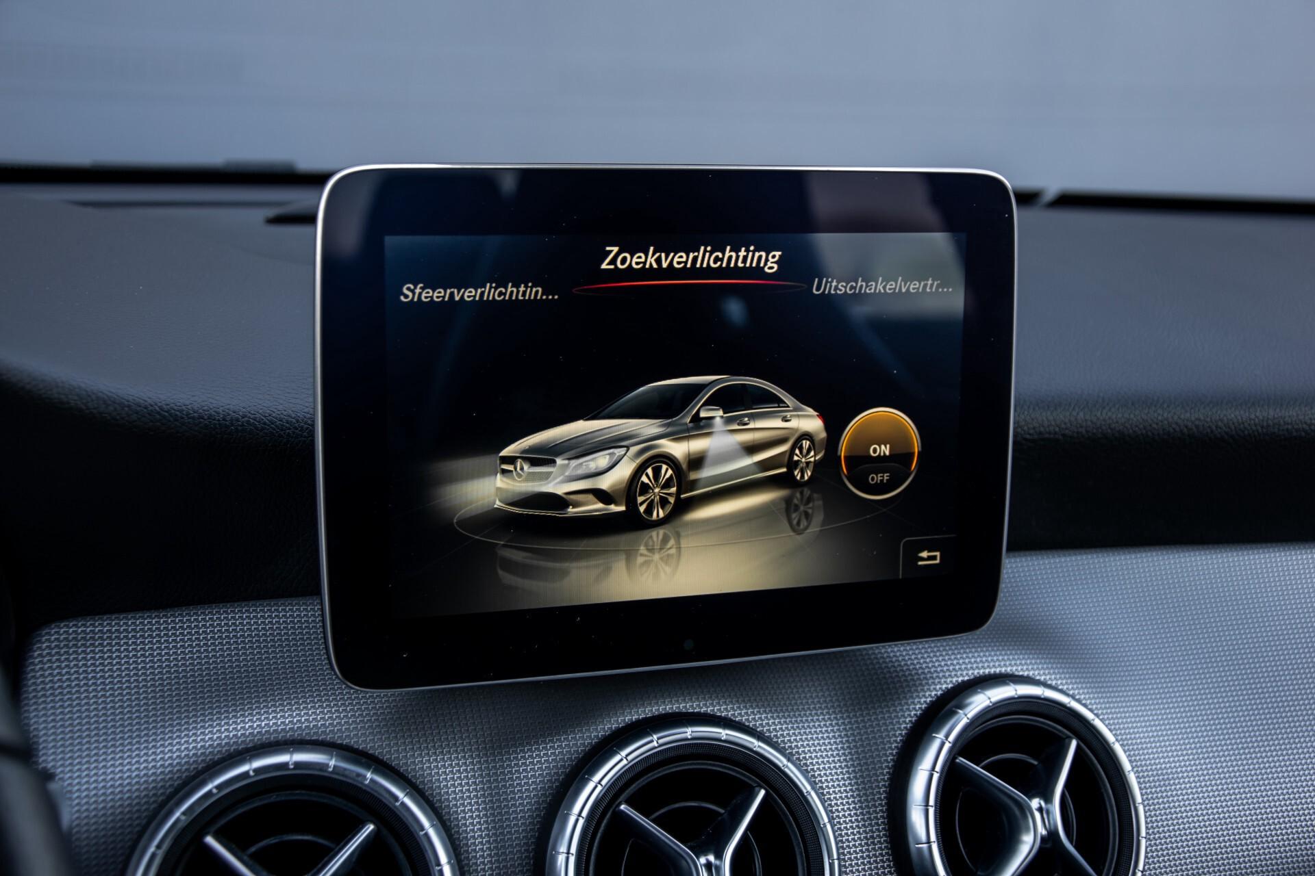 Mercedes-Benz CLA-Klasse 180 Urban Mediadisplay/Stoelverwarming/LED Aut7 Foto 25
