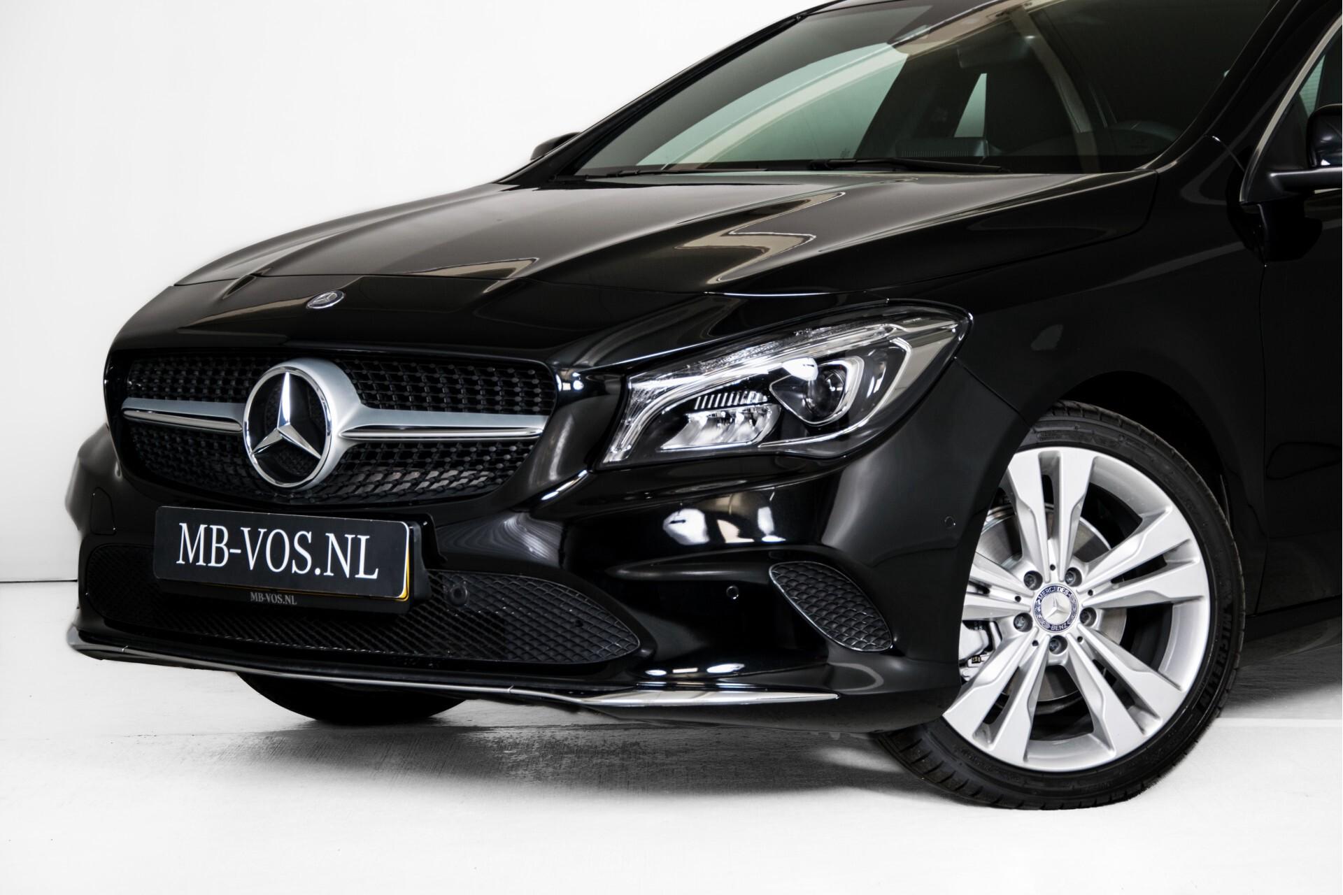 Mercedes-Benz CLA-Klasse 180 Urban Mediadisplay/Stoelverwarming/LED Aut7 Foto 46