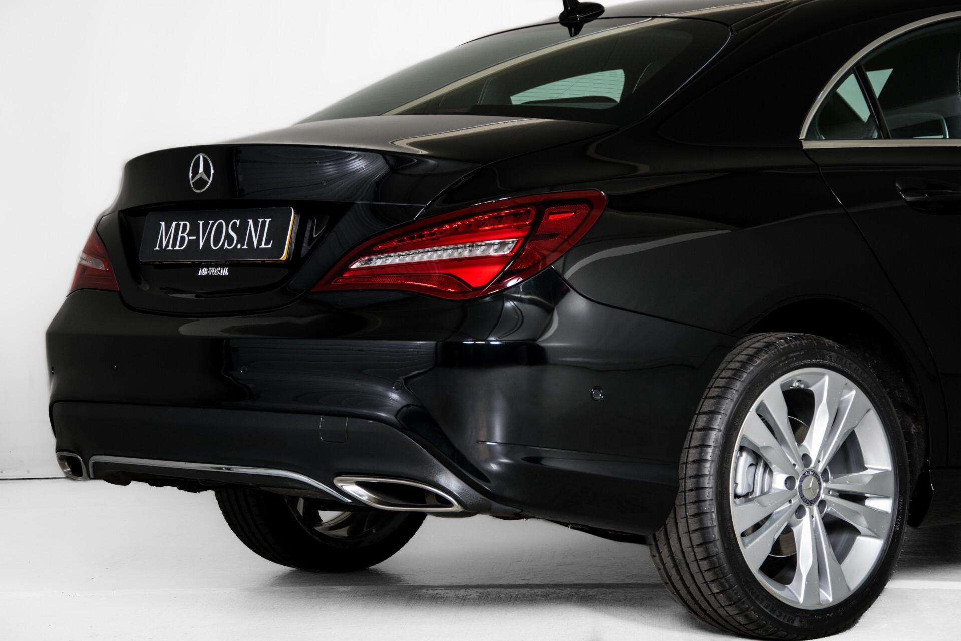 Mercedes-Benz CLA-Klasse 180 Urban Mediadisplay/Stoelverwarming/LED Aut7 Foto 47