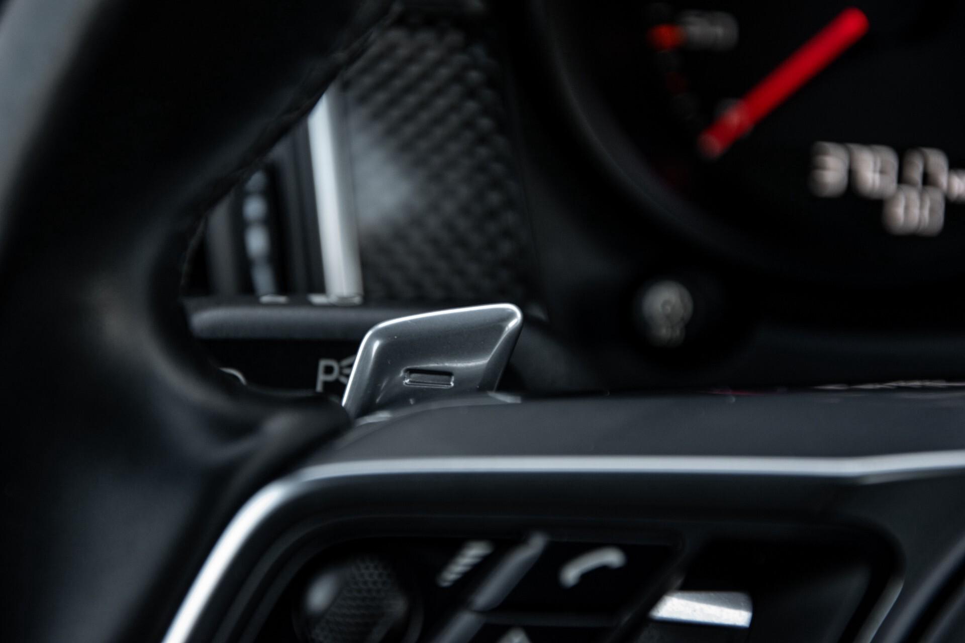 Porsche Macan 3.0 GTS Luchtvering/Panorama/Carbon/Bose/360-camera/Memory/PDLS Aut7 Foto 11