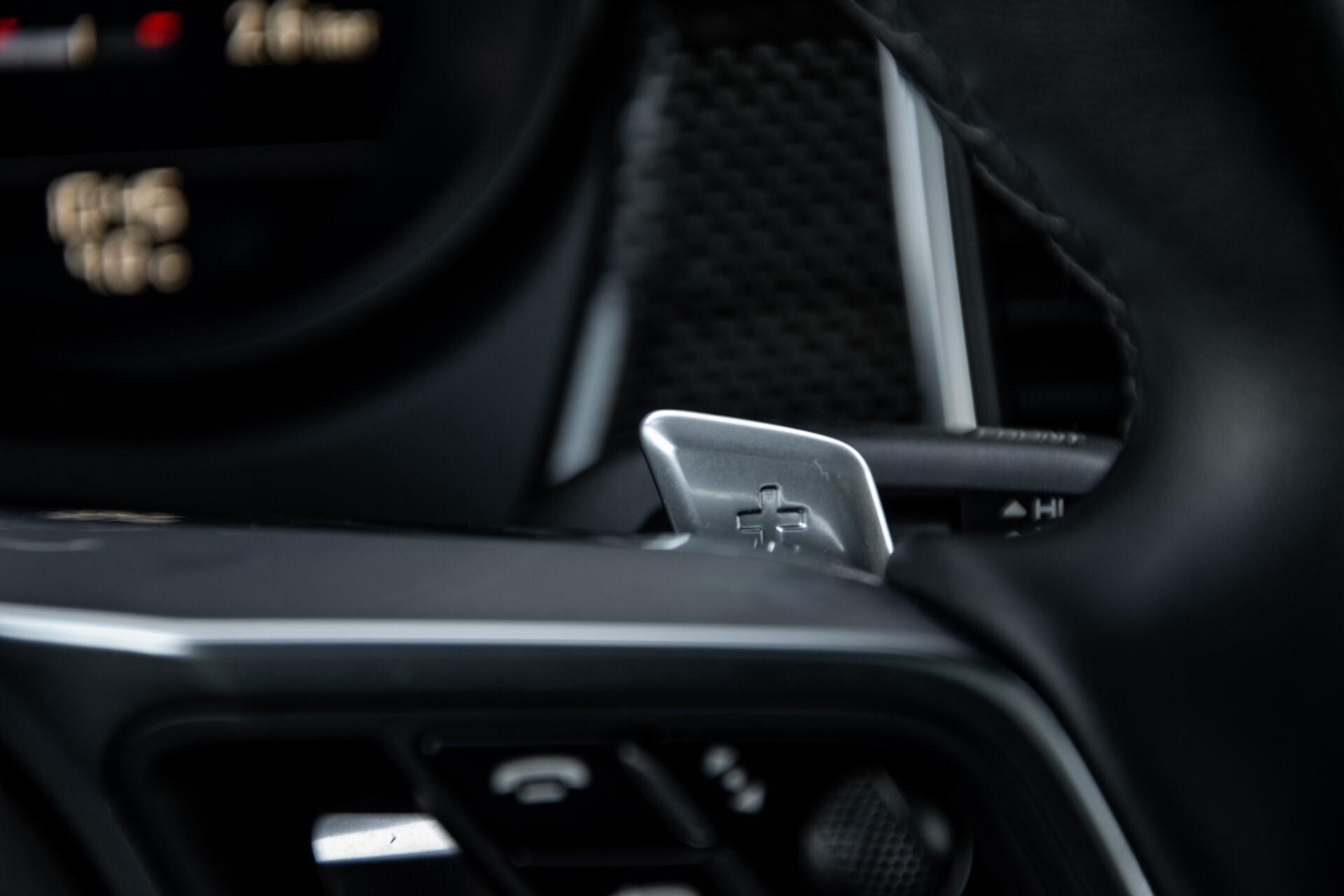 Porsche Macan 3.0 GTS Luchtvering/Panorama/Carbon/Bose/360-camera/Memory/PDLS Aut7 Foto 12