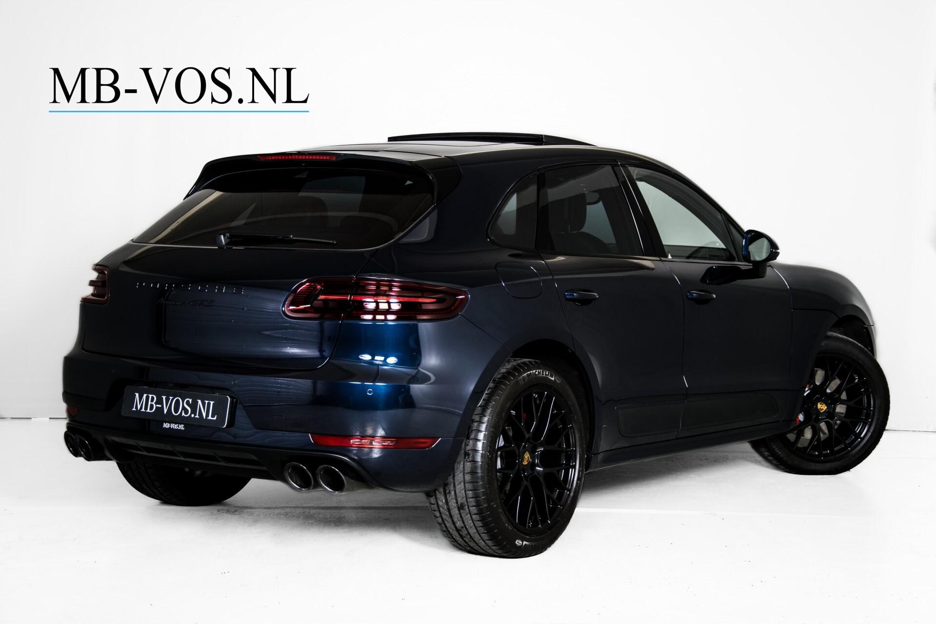 Porsche Macan 3.0 GTS Luchtvering/Panorama/Carbon/Bose/360-camera/Memory/PDLS Aut7 Foto 2