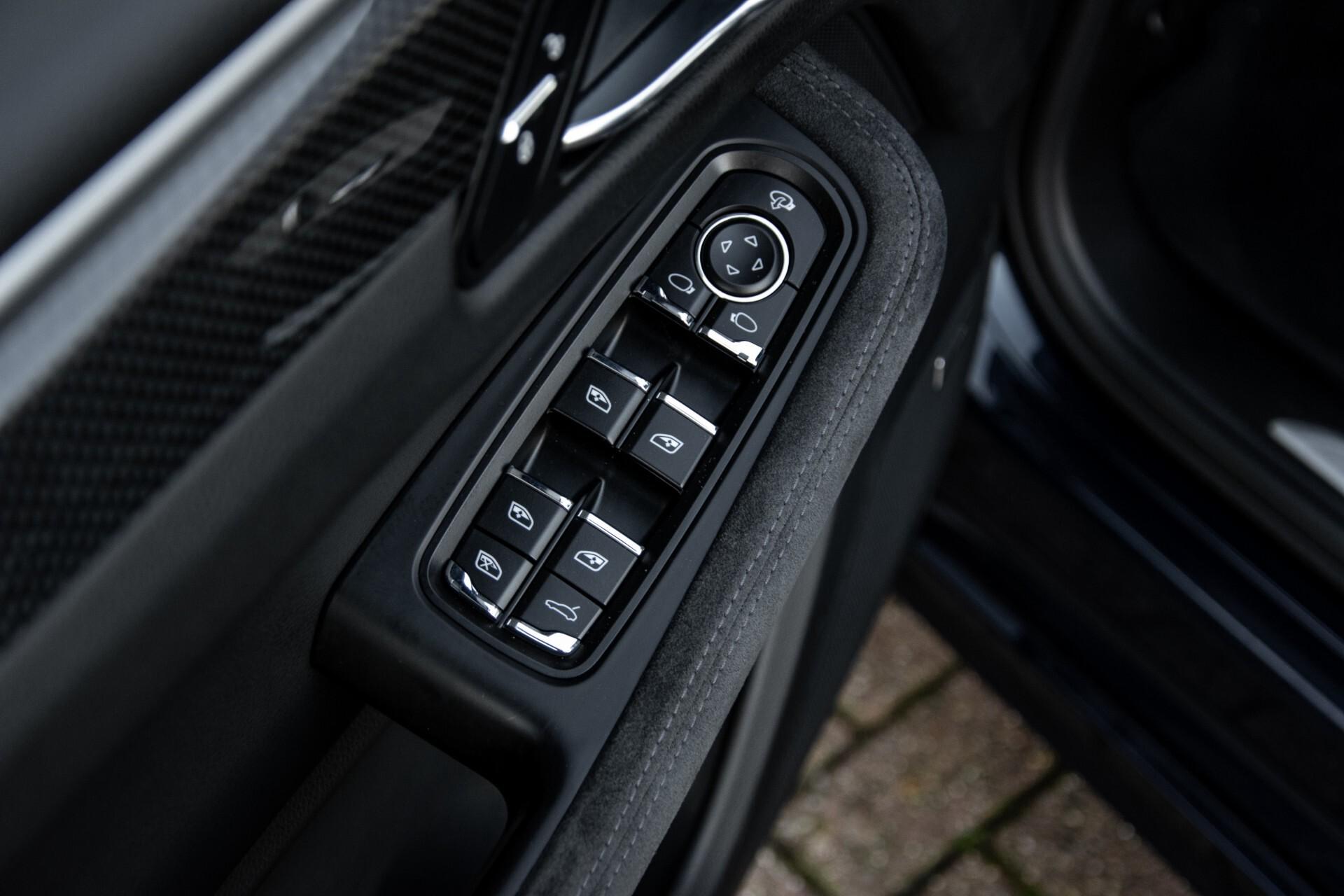 Porsche Macan 3.0 GTS Luchtvering/Panorama/Carbon/Bose/360-camera/Memory/PDLS Aut7 Foto 20