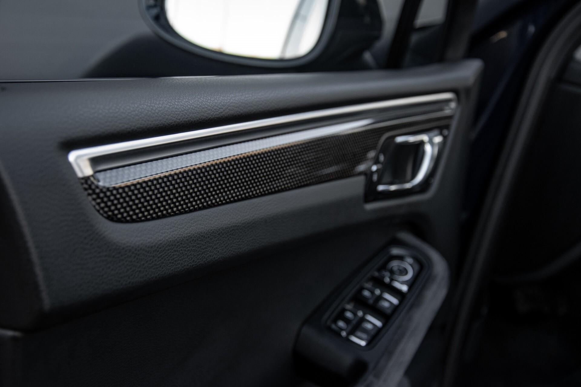 Porsche Macan 3.0 GTS Luchtvering/Panorama/Carbon/Bose/360-camera/Memory/PDLS Aut7 Foto 26