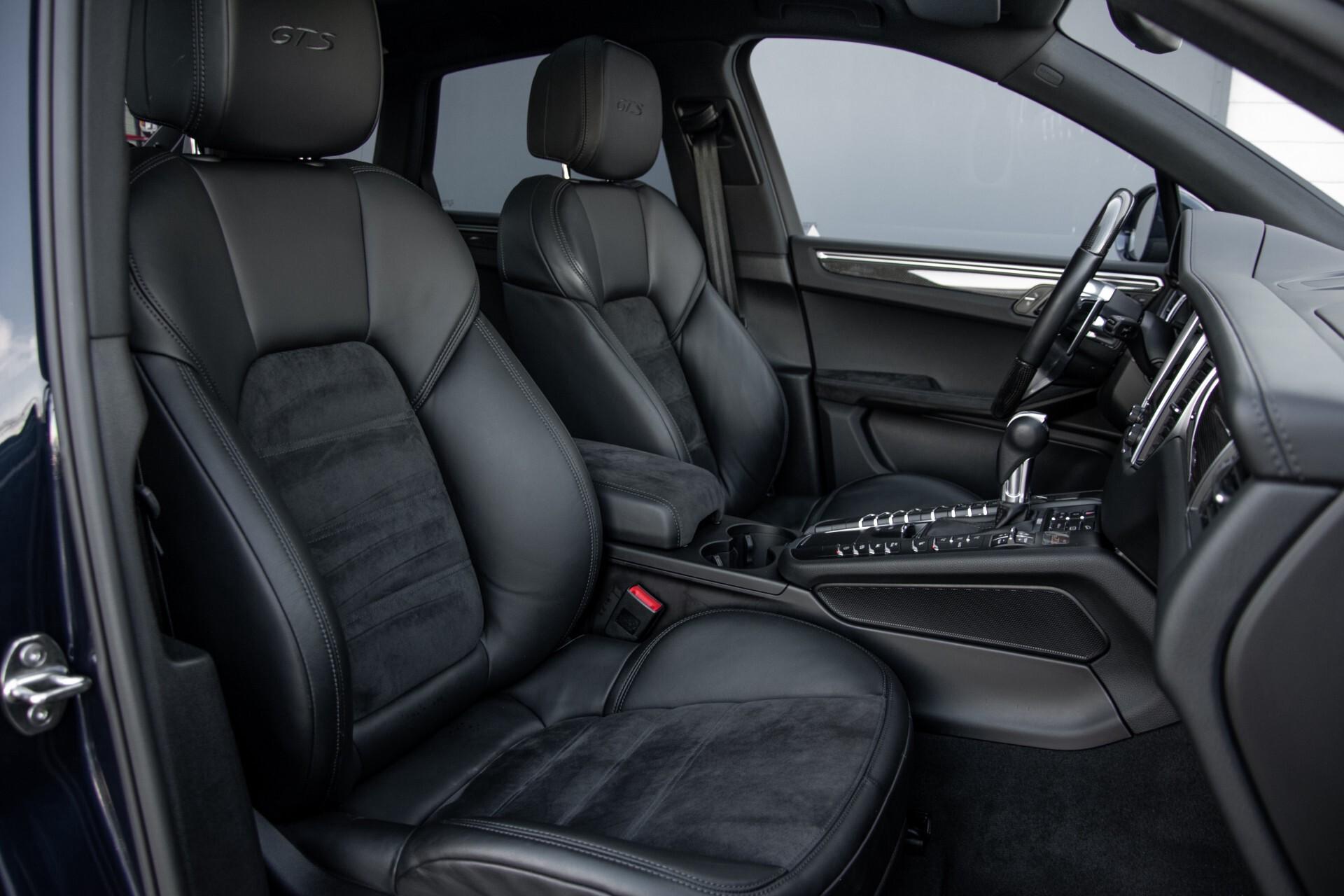 Porsche Macan 3.0 GTS Luchtvering/Panorama/Carbon/Bose/360-camera/Memory/PDLS Aut7 Foto 3