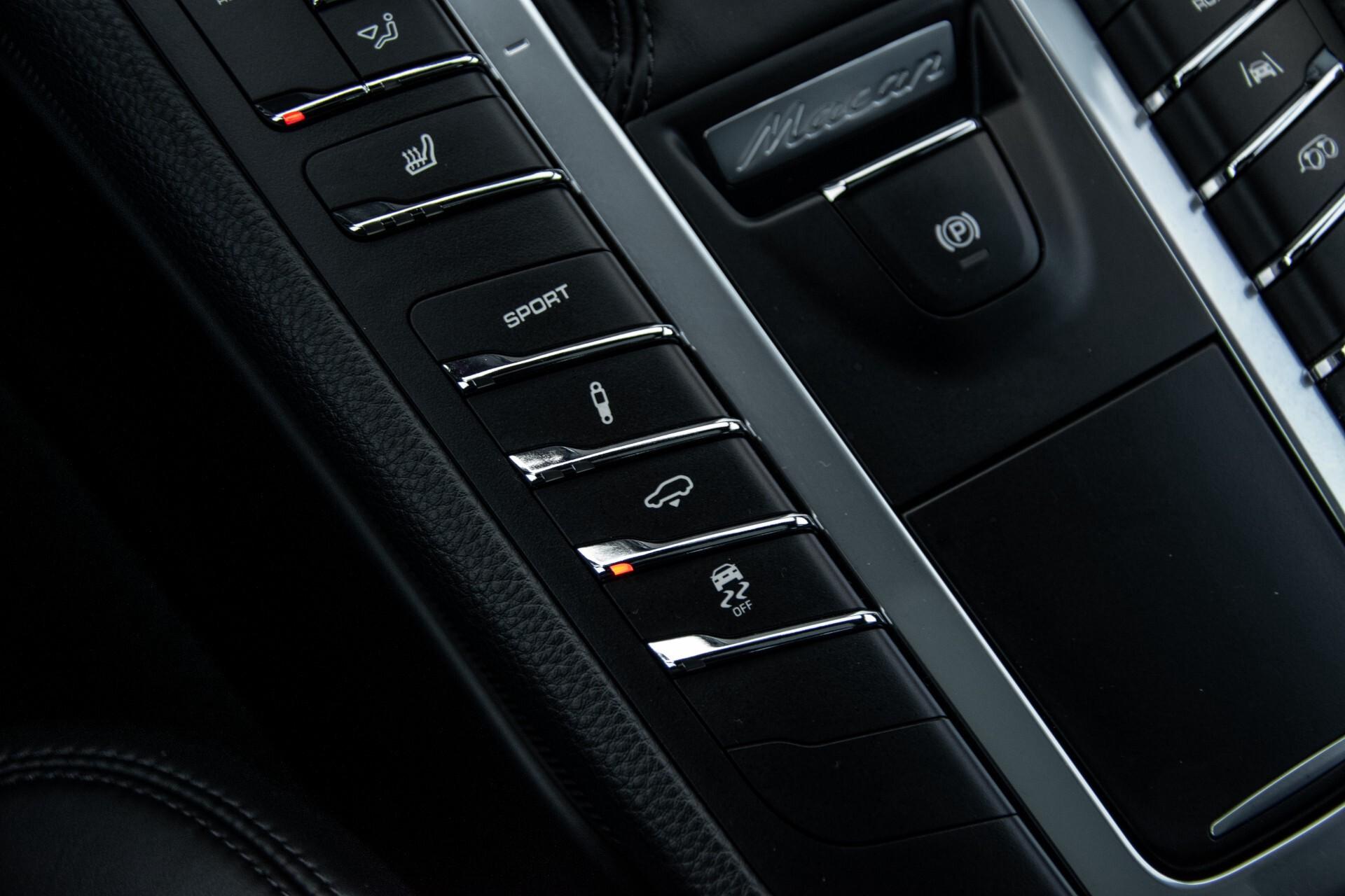 Porsche Macan 3.0 GTS Luchtvering/Panorama/Carbon/Bose/360-camera/Memory/PDLS Aut7 Foto 36