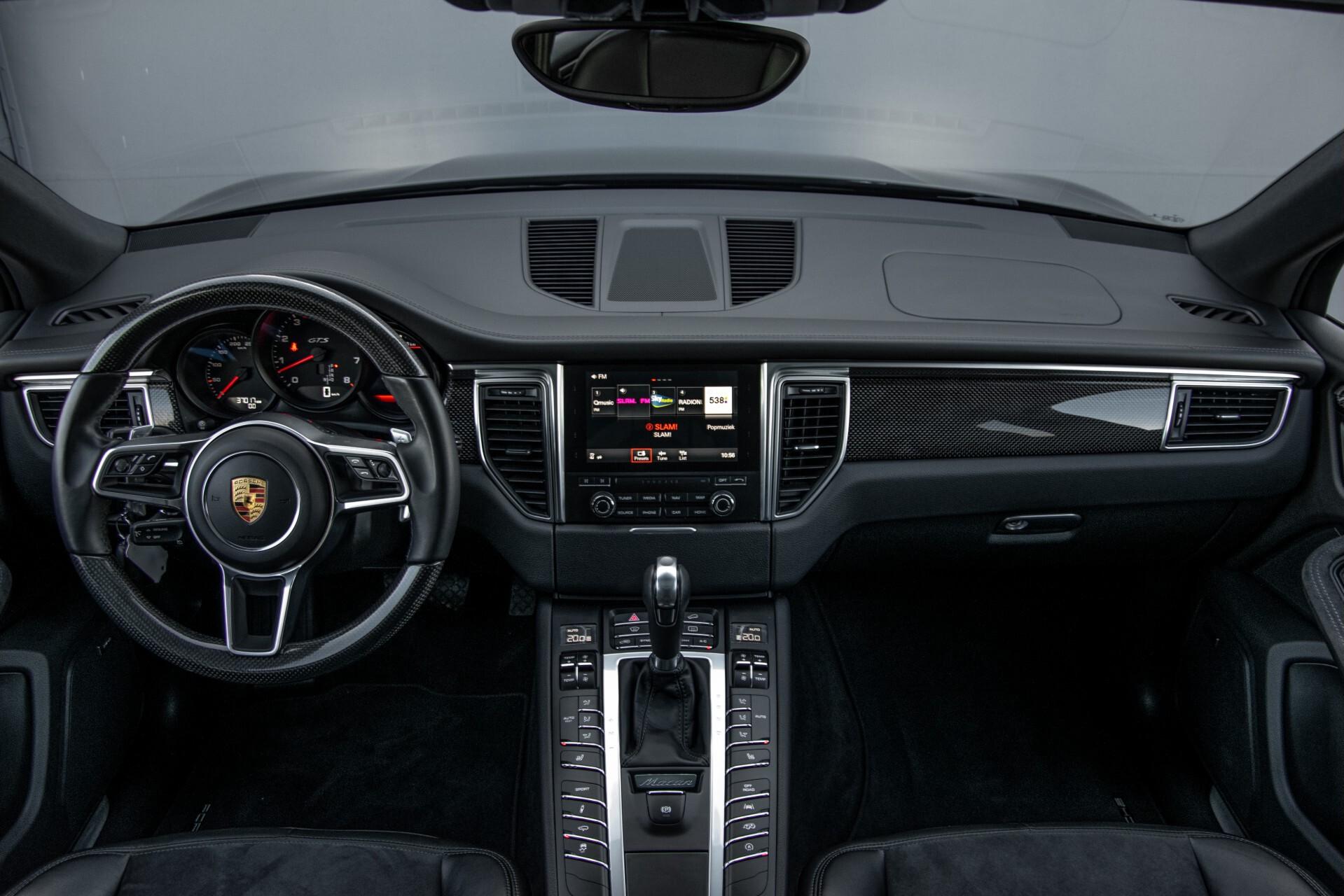 Porsche Macan 3.0 GTS Luchtvering/Panorama/Carbon/Bose/360-camera/Memory/PDLS Aut7 Foto 8