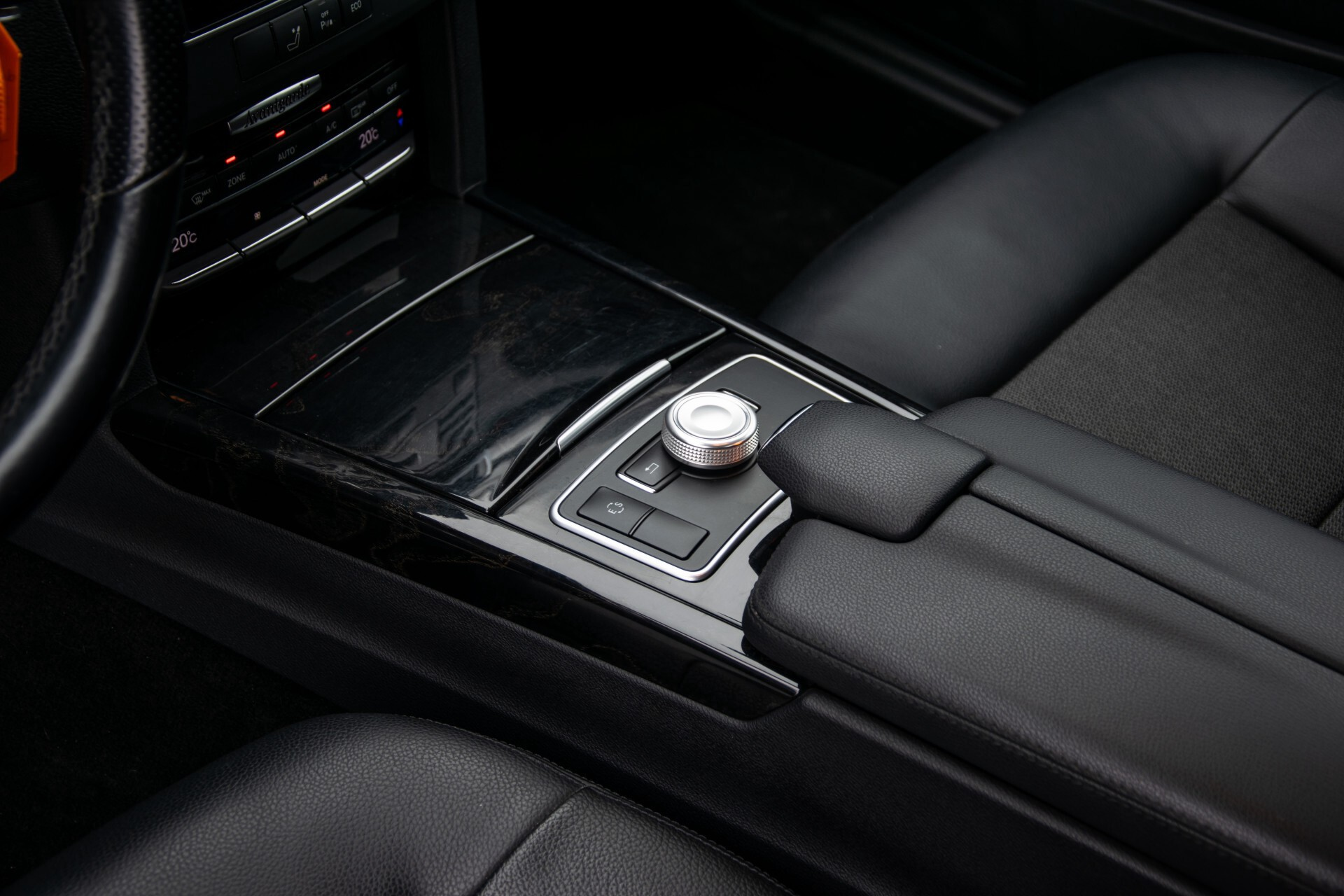 "Mercedes-Benz E-Klasse Estate 220 Cdi Avantgarde Wegklapbare trekhaak/18""/Privacyglas Aut7 Foto 13"
