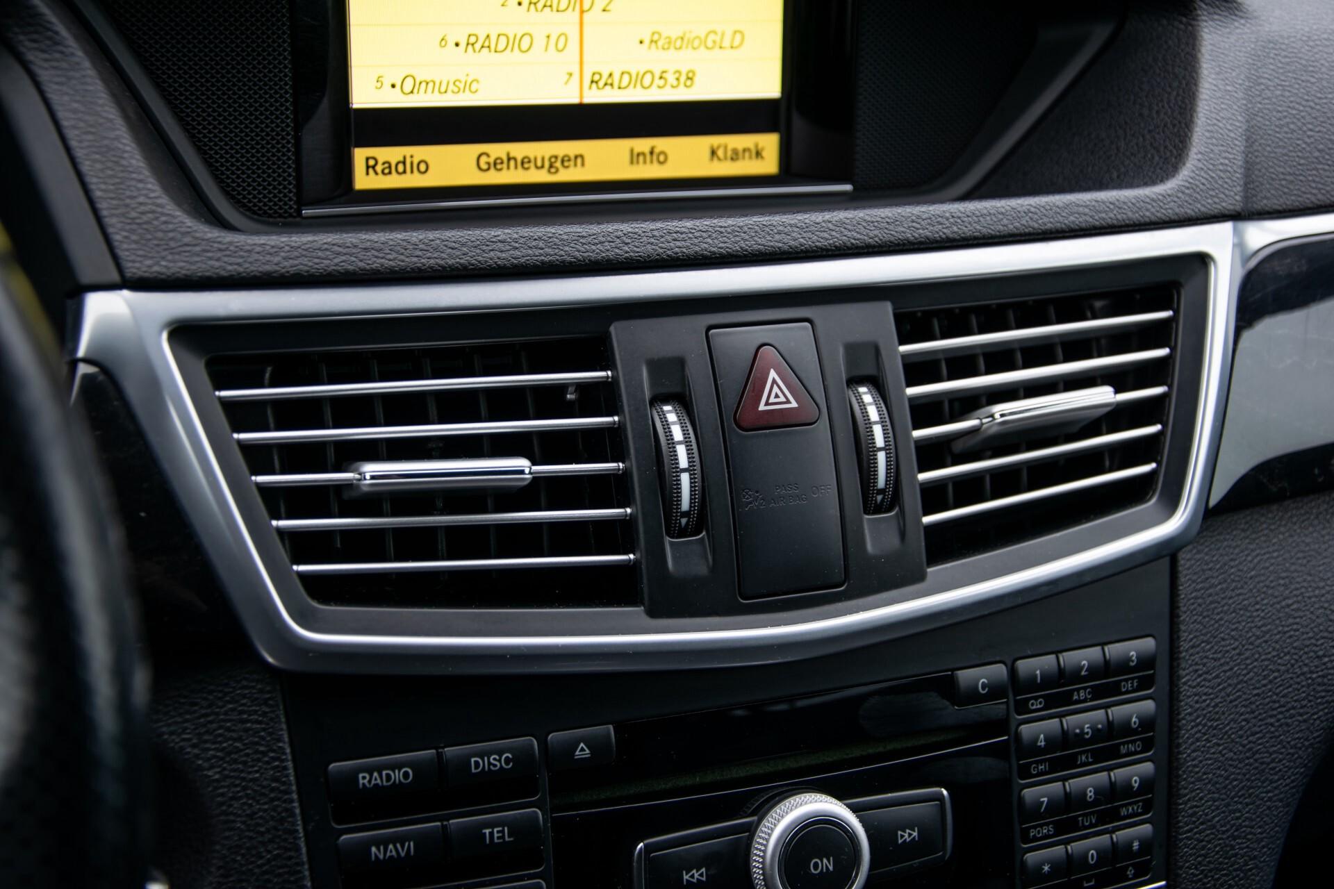"Mercedes-Benz E-Klasse Estate 220 Cdi Avantgarde Wegklapbare trekhaak/18""/Privacyglas Aut7 Foto 15"