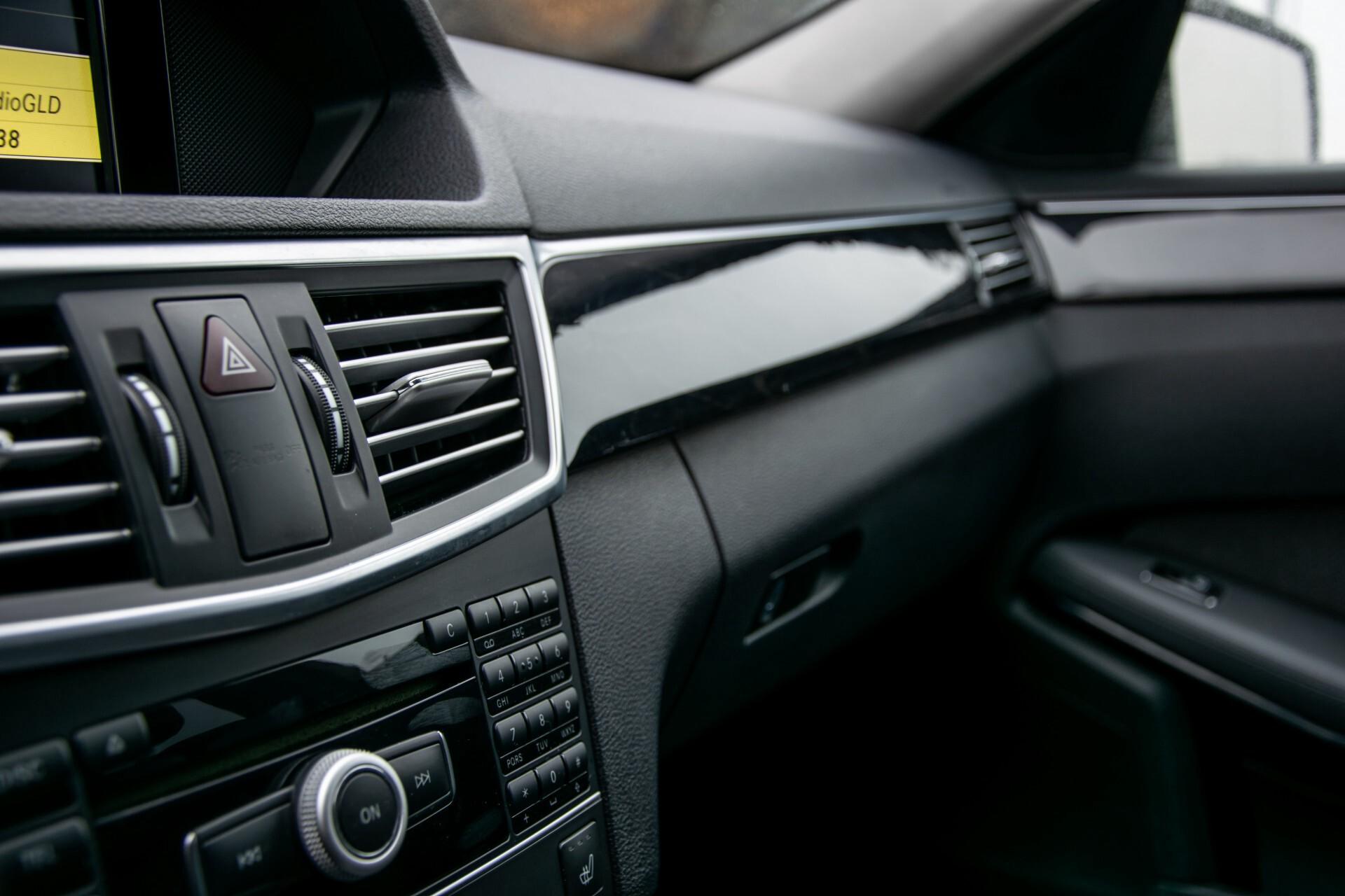 "Mercedes-Benz E-Klasse Estate 220 Cdi Avantgarde Wegklapbare trekhaak/18""/Privacyglas Aut7 Foto 22"
