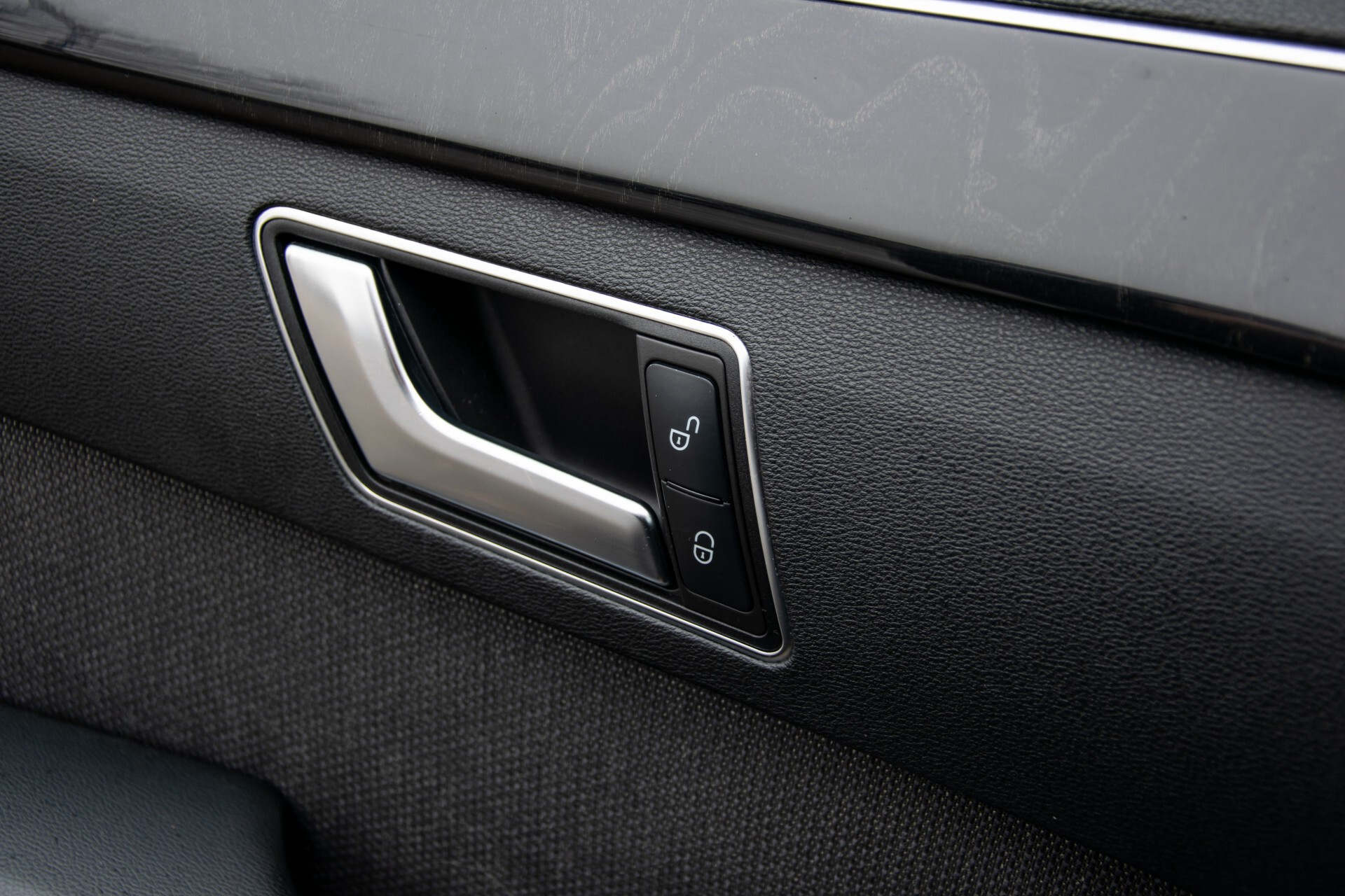 "Mercedes-Benz E-Klasse Estate 220 Cdi Avantgarde Wegklapbare trekhaak/18""/Privacyglas Aut7 Foto 26"