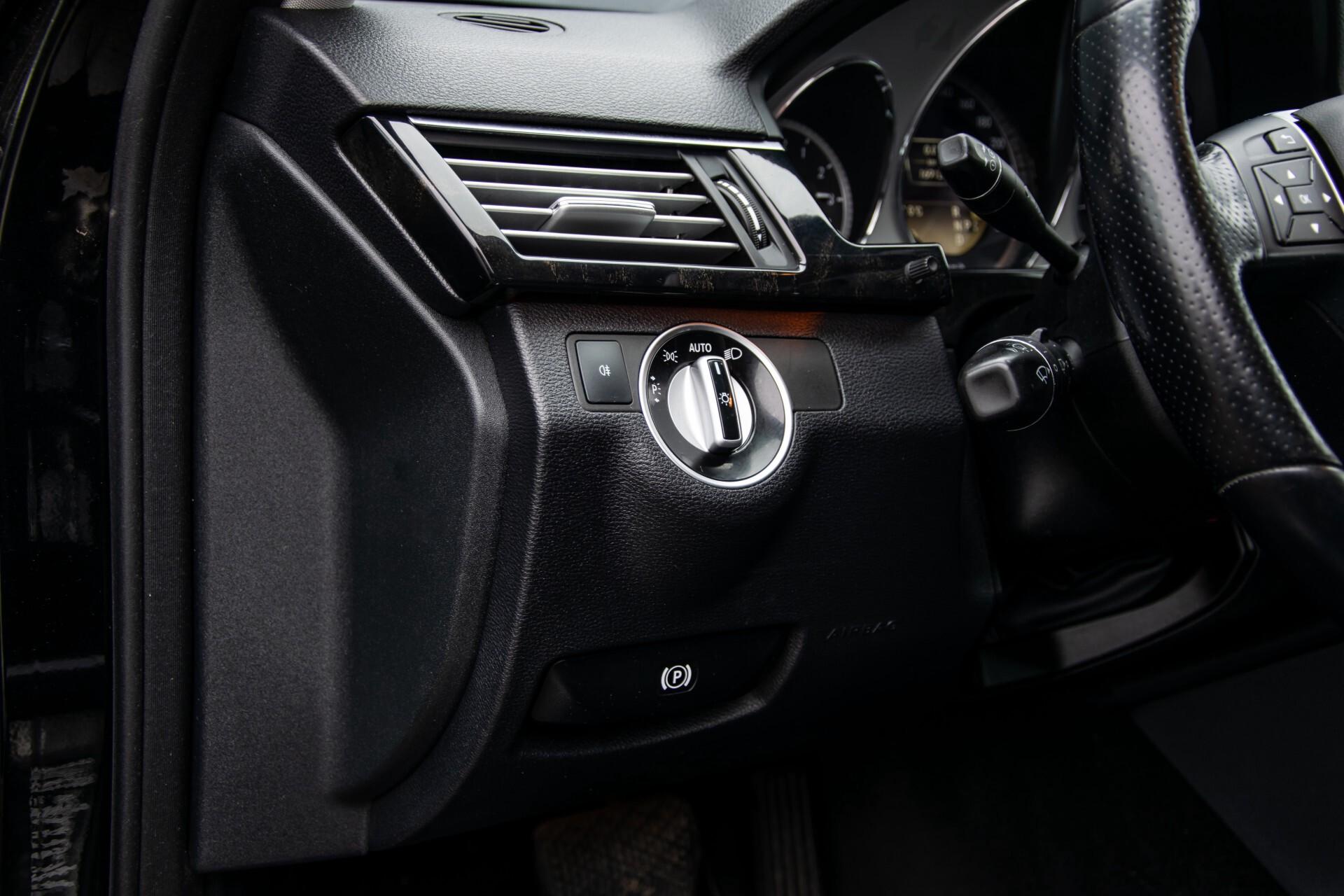 "Mercedes-Benz E-Klasse Estate 220 Cdi Avantgarde Wegklapbare trekhaak/18""/Privacyglas Aut7 Foto 27"