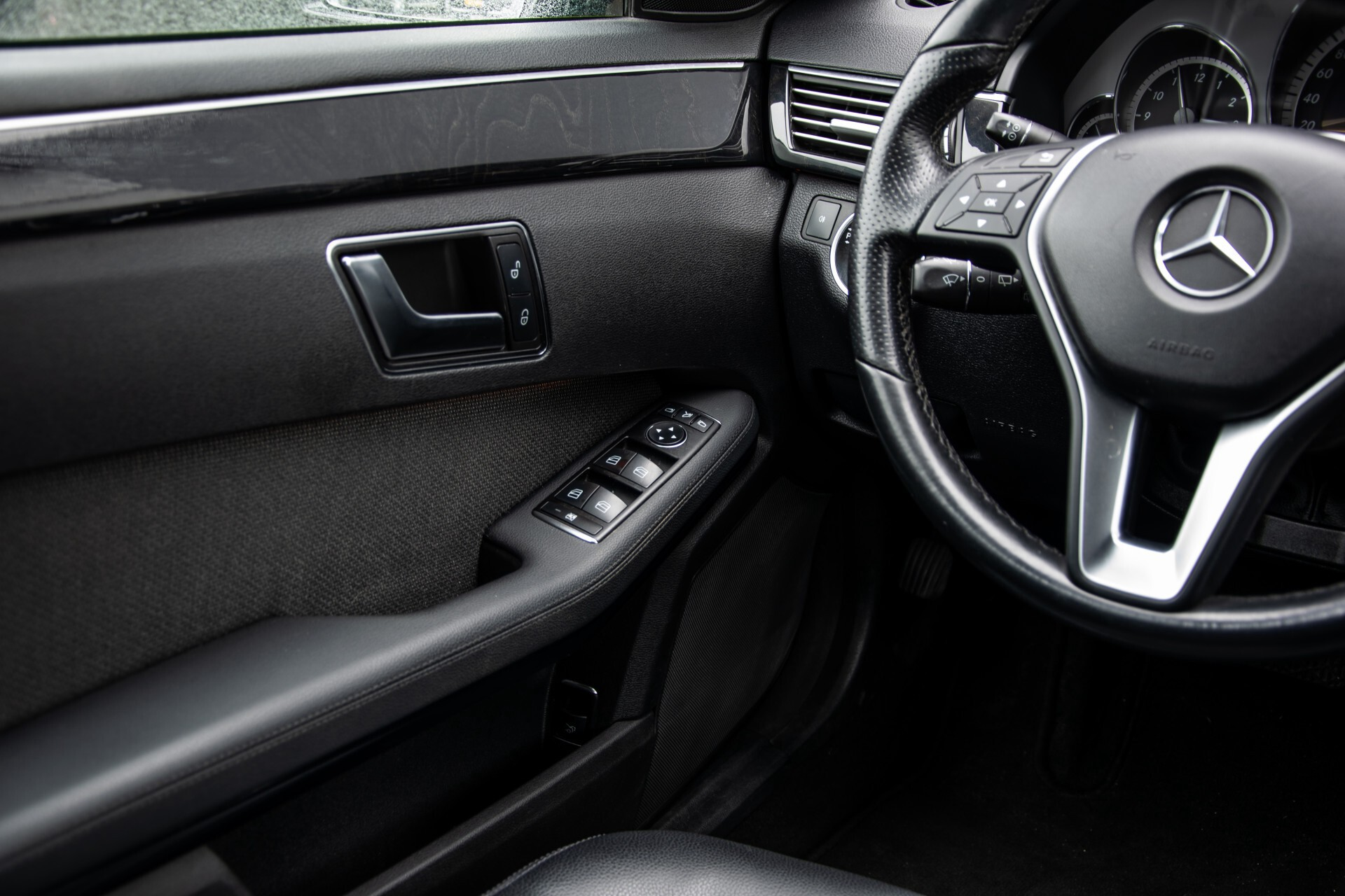 "Mercedes-Benz E-Klasse Estate 220 Cdi Avantgarde Wegklapbare trekhaak/18""/Privacyglas Aut7 Foto 28"