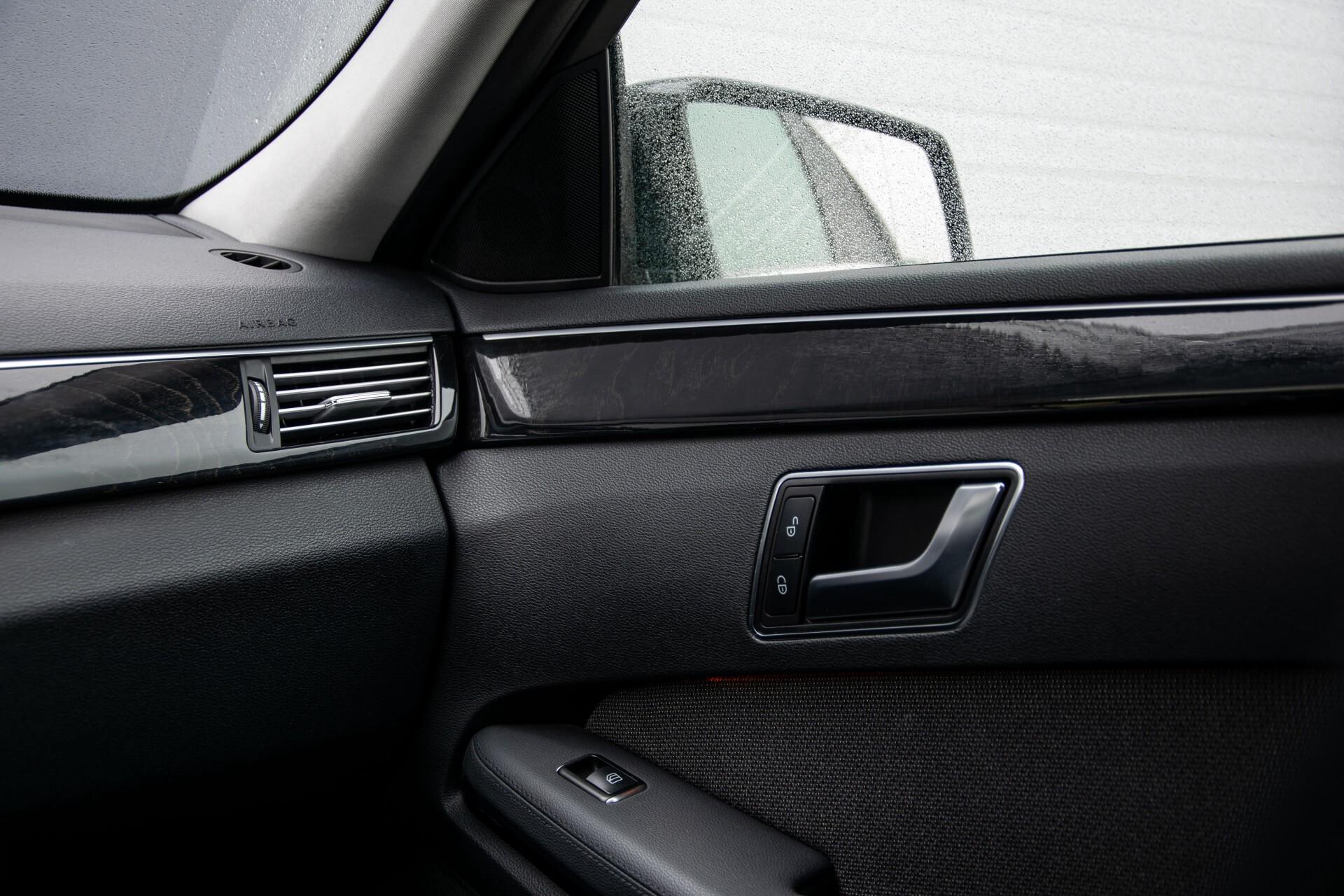 "Mercedes-Benz E-Klasse Estate 220 Cdi Avantgarde Wegklapbare trekhaak/18""/Privacyglas Aut7 Foto 29"
