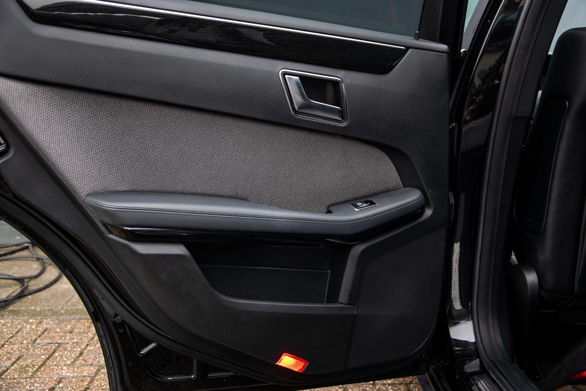 "Mercedes-Benz E-Klasse Estate 220 Cdi Avantgarde Wegklapbare trekhaak/18""/Privacyglas Aut7 Foto 32"