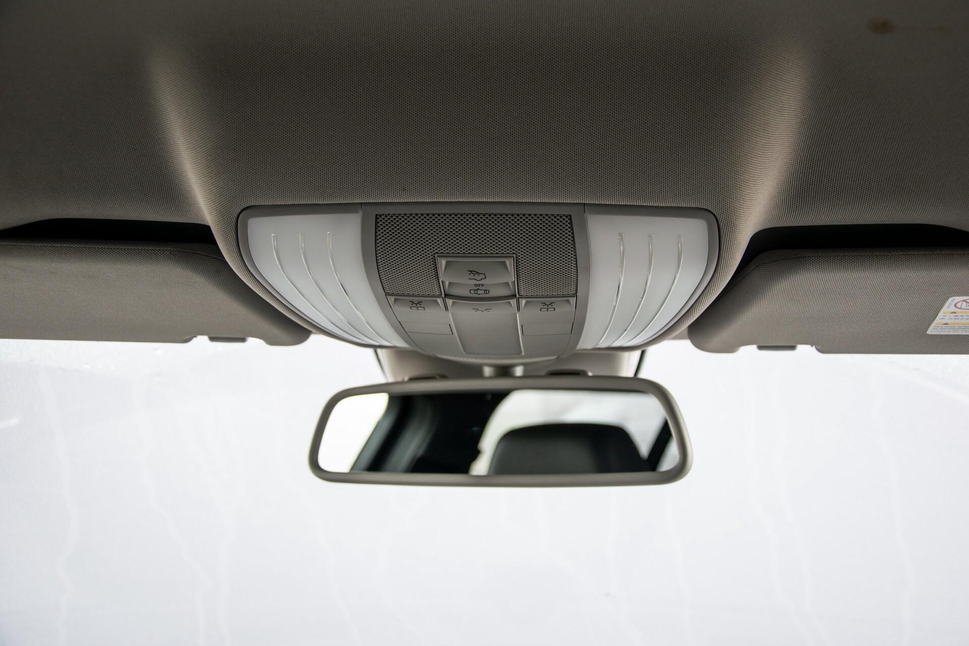 "Mercedes-Benz E-Klasse Estate 220 Cdi Avantgarde Wegklapbare trekhaak/18""/Privacyglas Aut7 Foto 33"