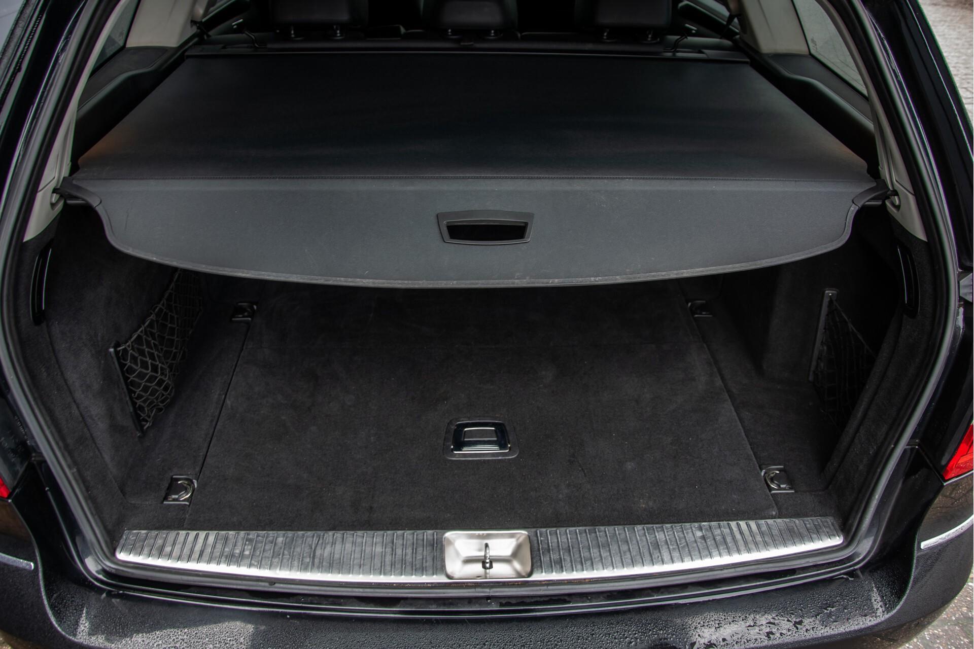 "Mercedes-Benz E-Klasse Estate 220 Cdi Avantgarde Wegklapbare trekhaak/18""/Privacyglas Aut7 Foto 35"