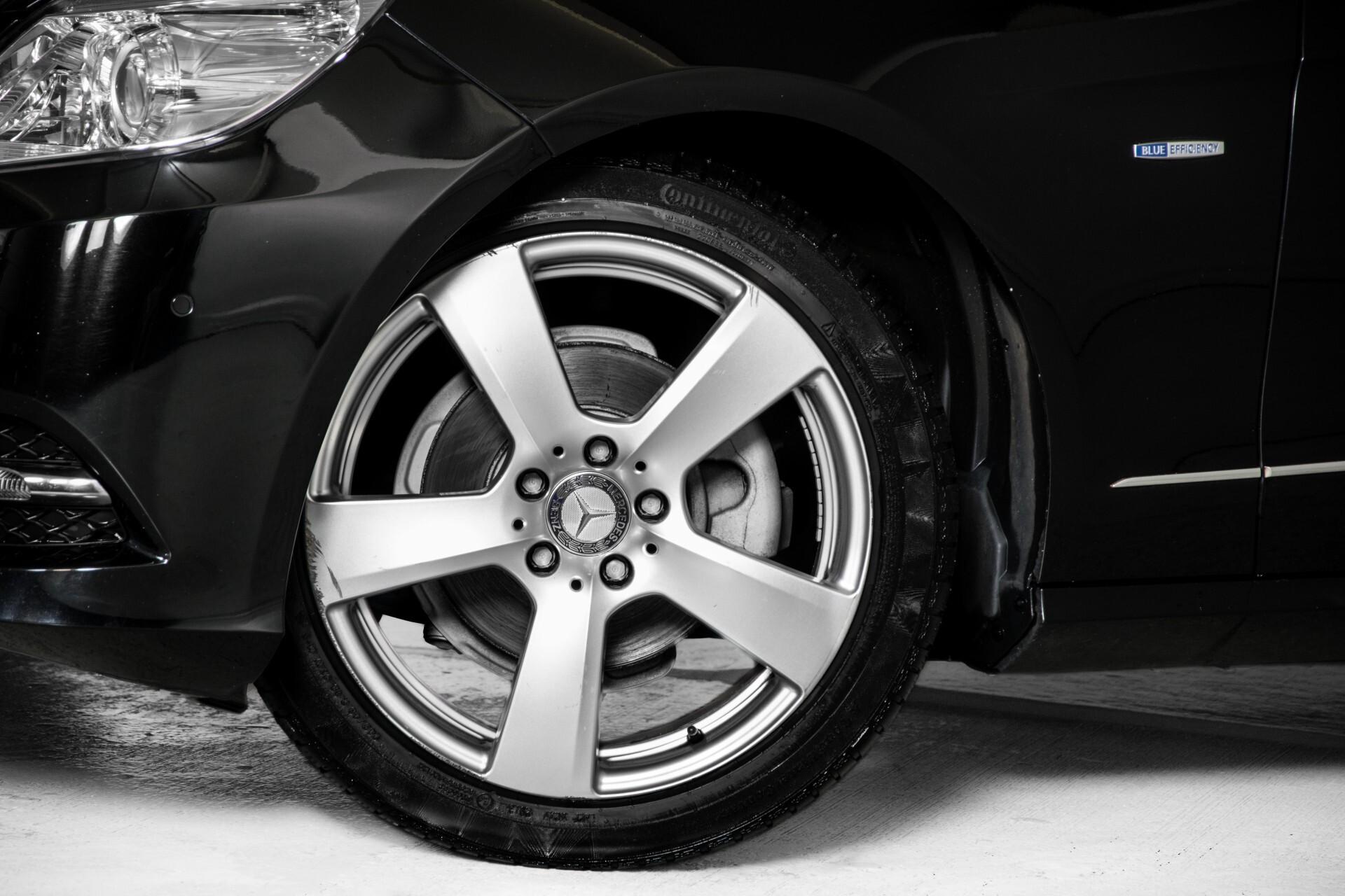 "Mercedes-Benz E-Klasse Estate 220 Cdi Avantgarde Wegklapbare trekhaak/18""/Privacyglas Aut7 Foto 39"