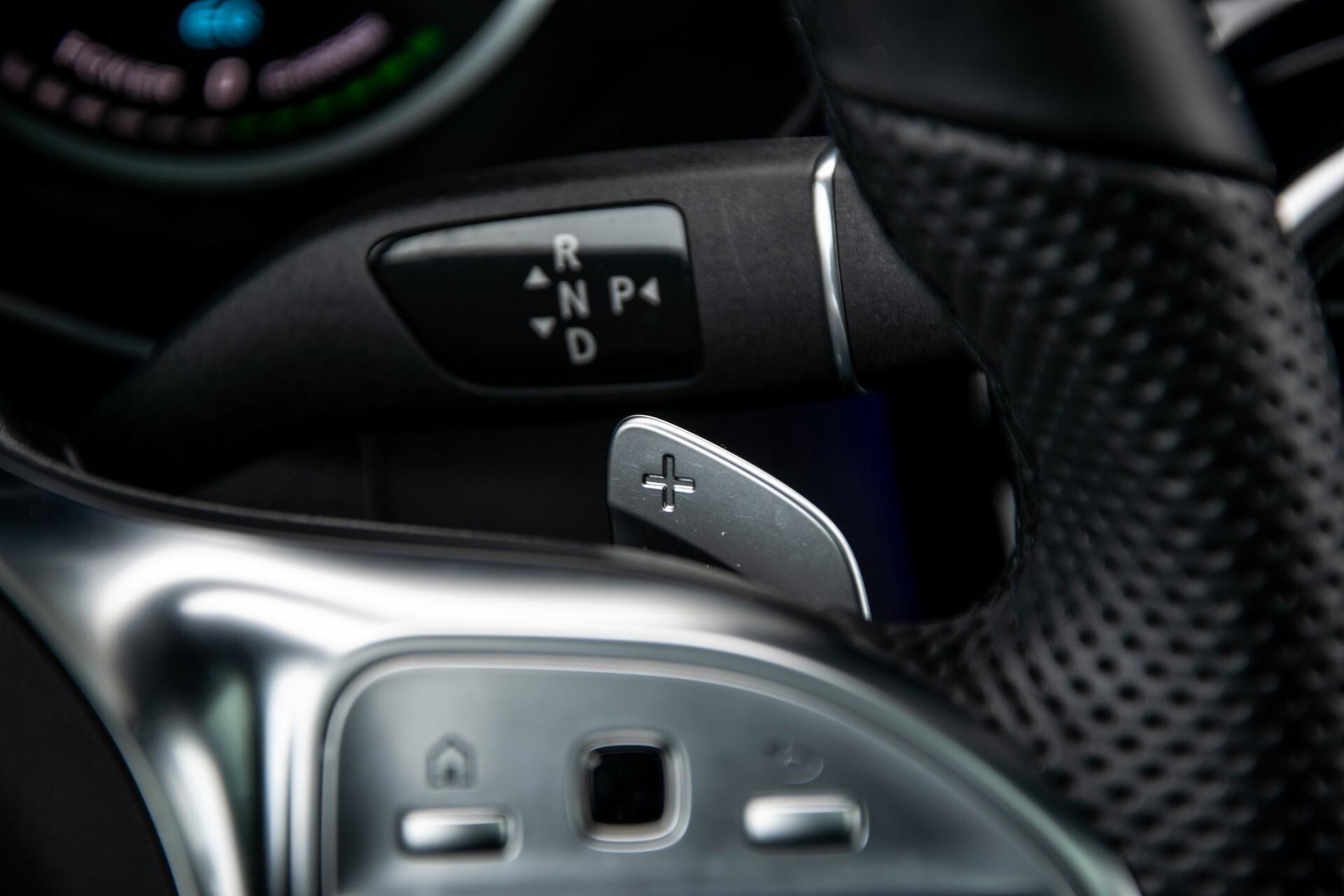 """Mercedes-Benz GLC 200 4-M AMG Panorama/Night/Assistentiepakket/20""""/Treeplanken Aut9 Foto 13"""