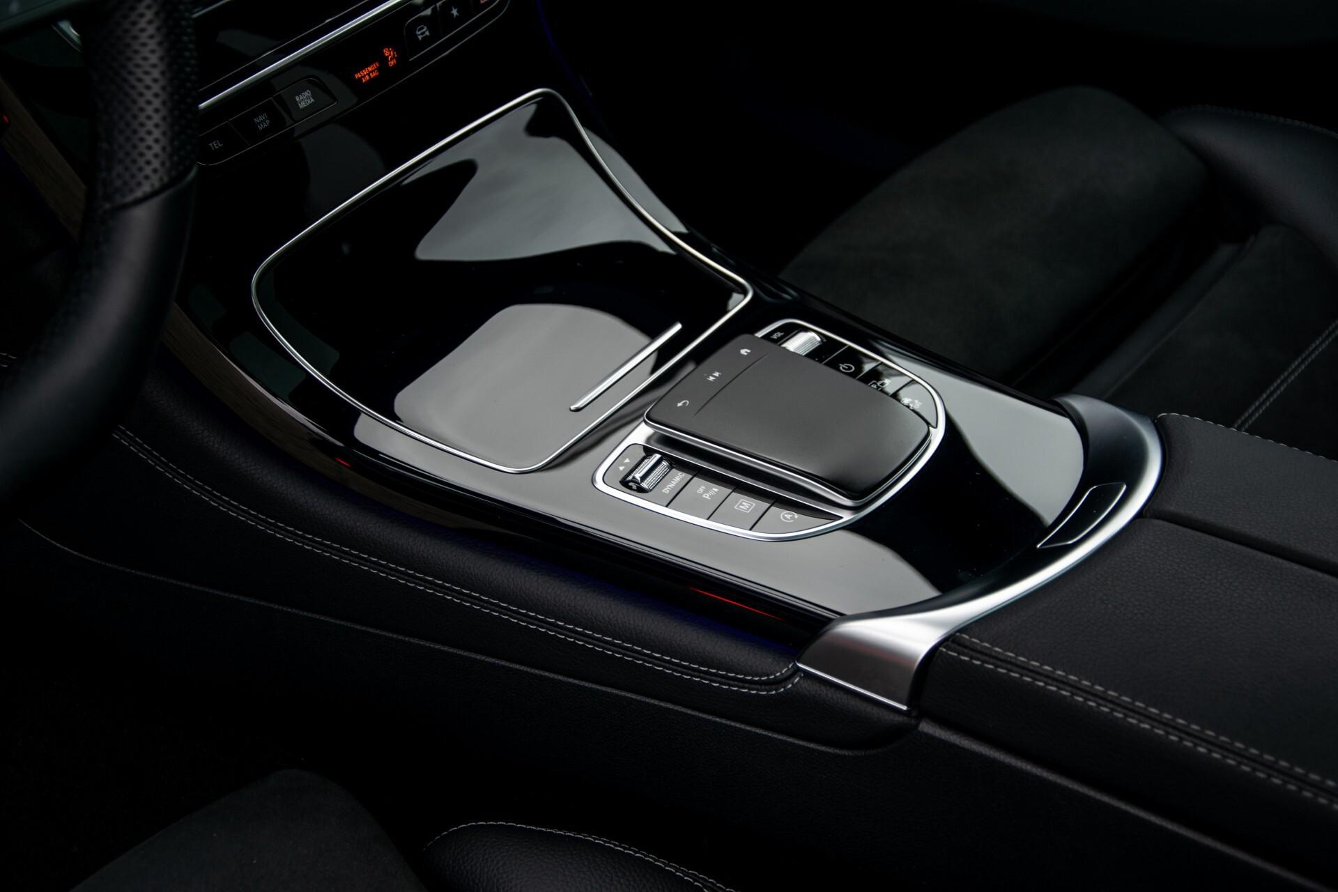 """Mercedes-Benz GLC 200 4-M AMG Panorama/Night/Assistentiepakket/20""""/Treeplanken Aut9 Foto 19"""