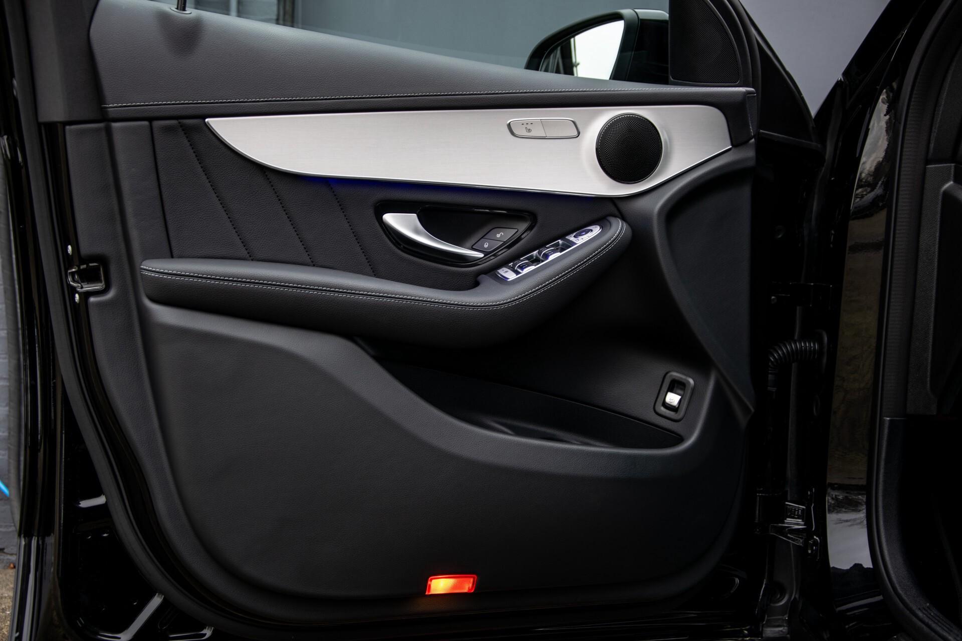 """Mercedes-Benz GLC 200 4-M AMG Panorama/Night/Assistentiepakket/20""""/Treeplanken Aut9 Foto 21"""