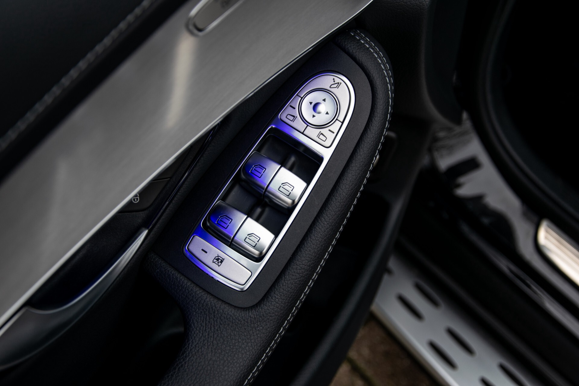 """Mercedes-Benz GLC 200 4-M AMG Panorama/Night/Assistentiepakket/20""""/Treeplanken Aut9 Foto 23"""