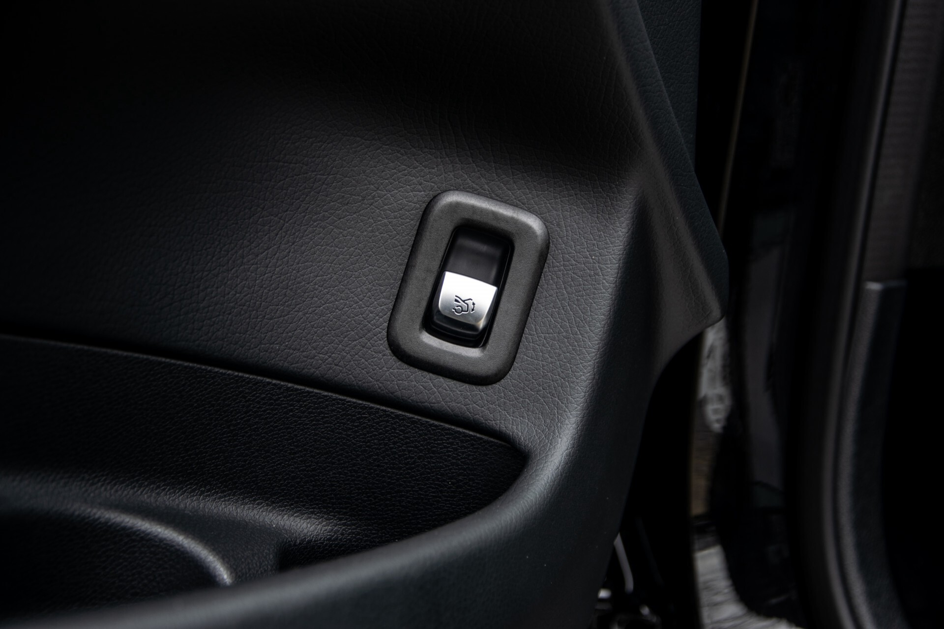 """Mercedes-Benz GLC 200 4-M AMG Panorama/Night/Assistentiepakket/20""""/Treeplanken Aut9 Foto 25"""