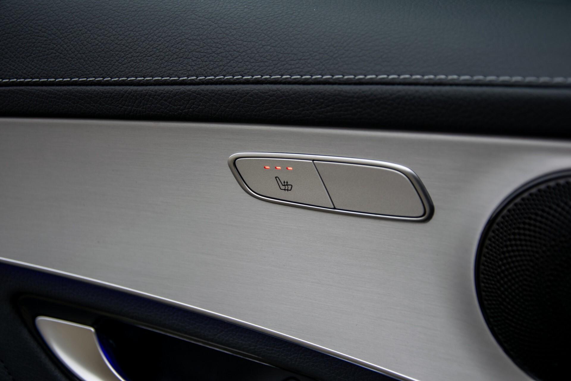 """Mercedes-Benz GLC 200 4-M AMG Panorama/Night/Assistentiepakket/20""""/Treeplanken Aut9 Foto 27"""
